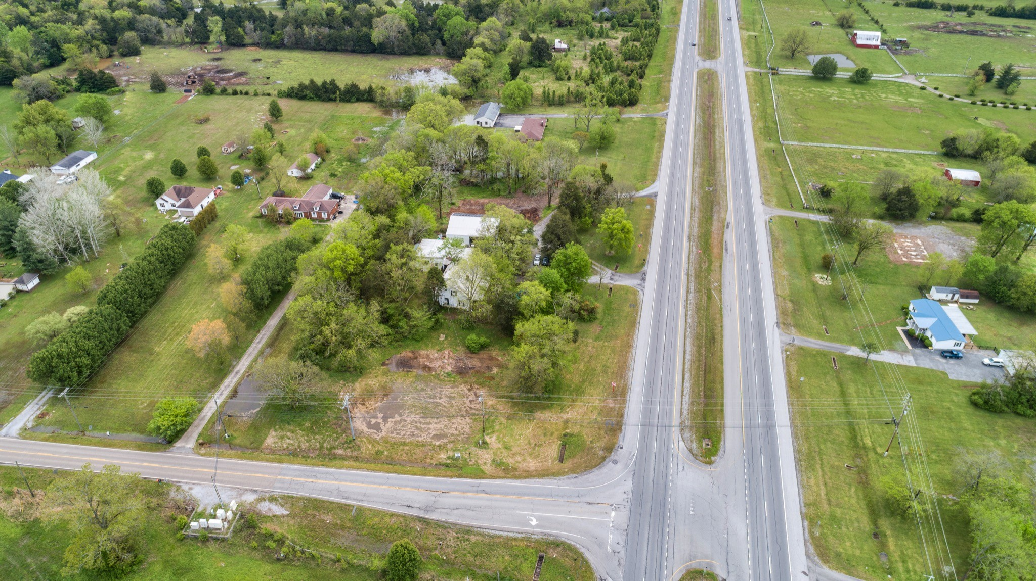 6167 Shelbyville Pike Property Photo - Christiana, TN real estate listing
