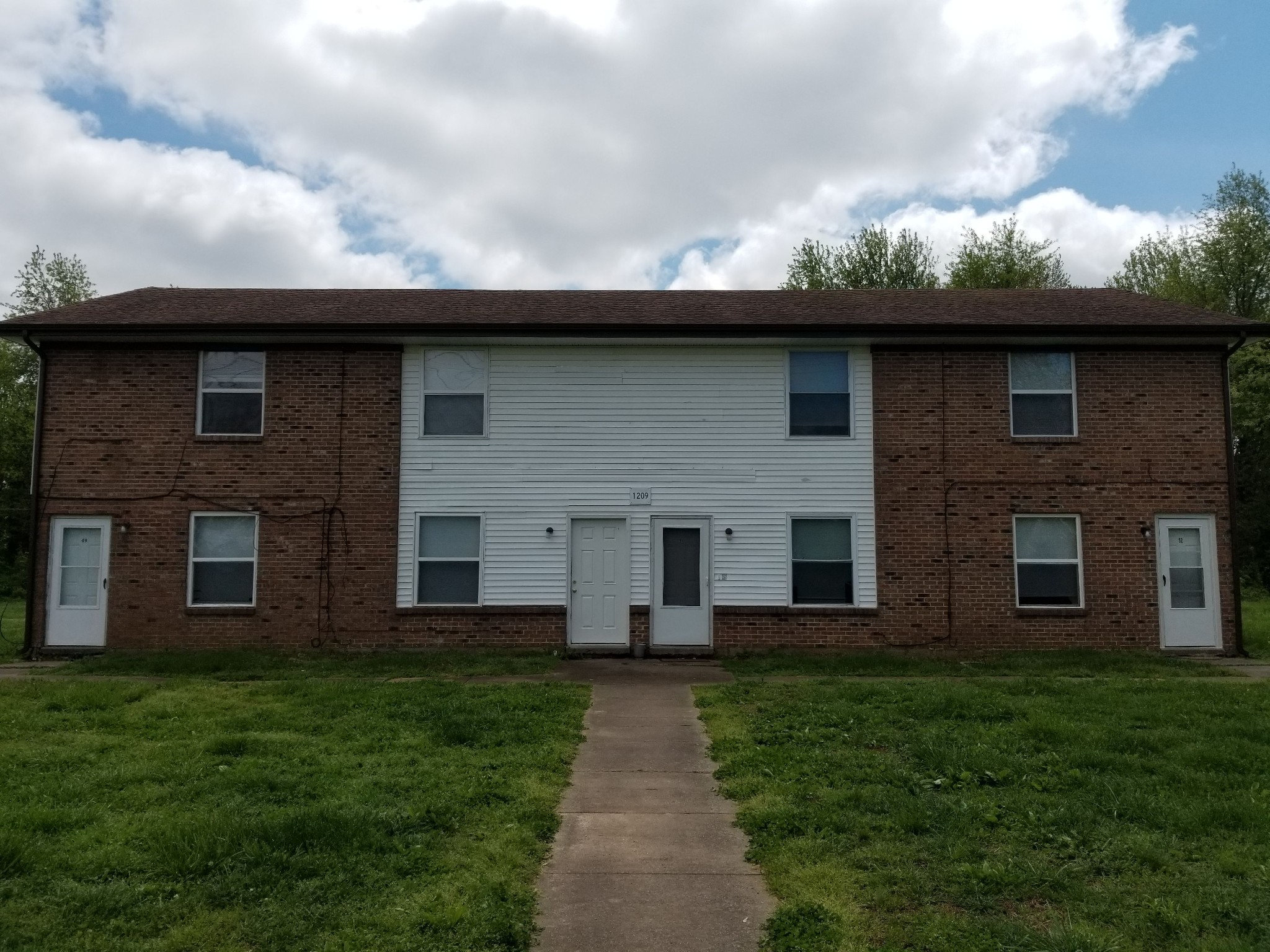 1209 Stateline Road, Oak Grove, KY 42262 - Oak Grove, KY real estate listing