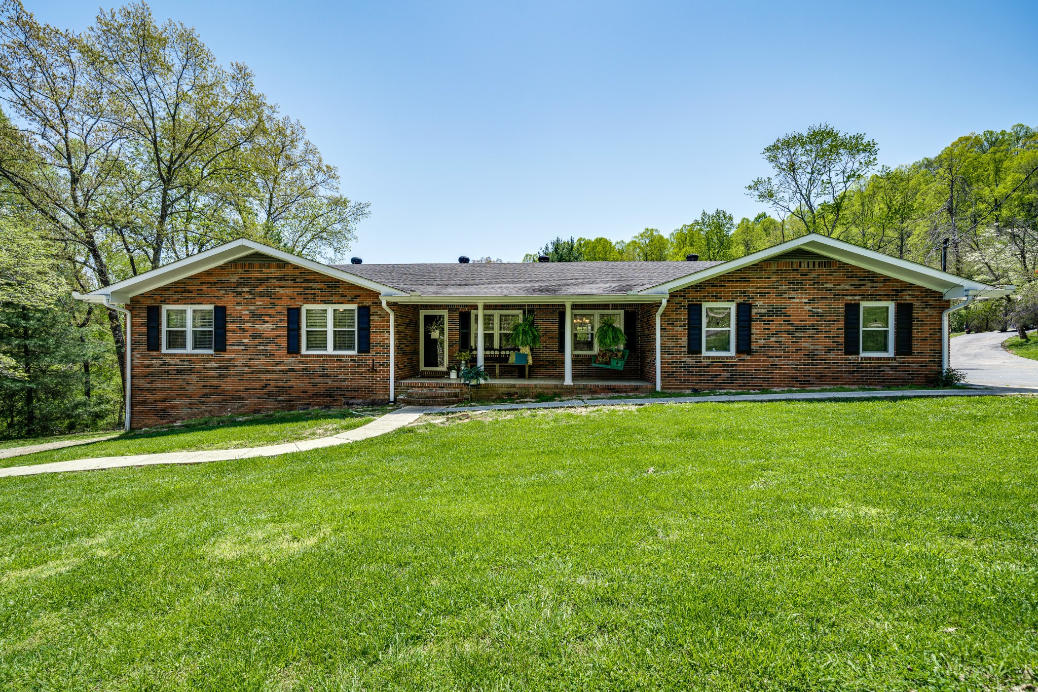 660 Valley Dr Property Photo - Livingston, TN real estate listing