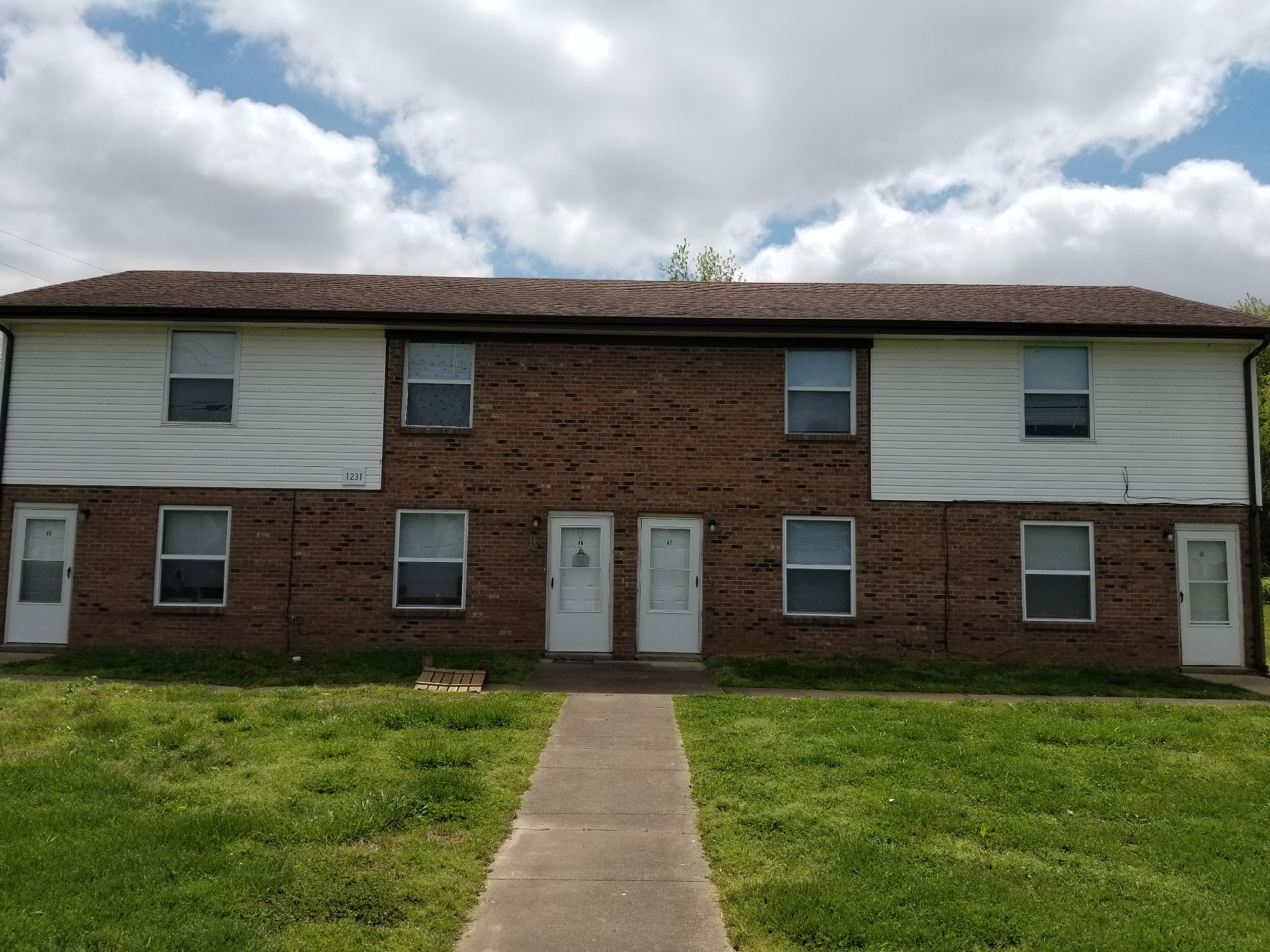1231 Stateline Road, Oak Grove, KY 42262 - Oak Grove, KY real estate listing