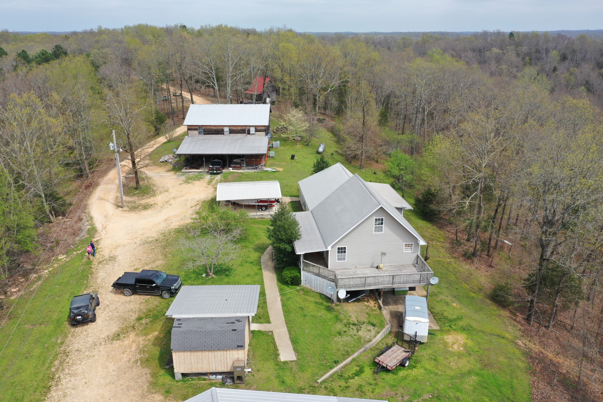 1294 Howell Hollow Rd, Clifton, TN 38425 - Clifton, TN real estate listing