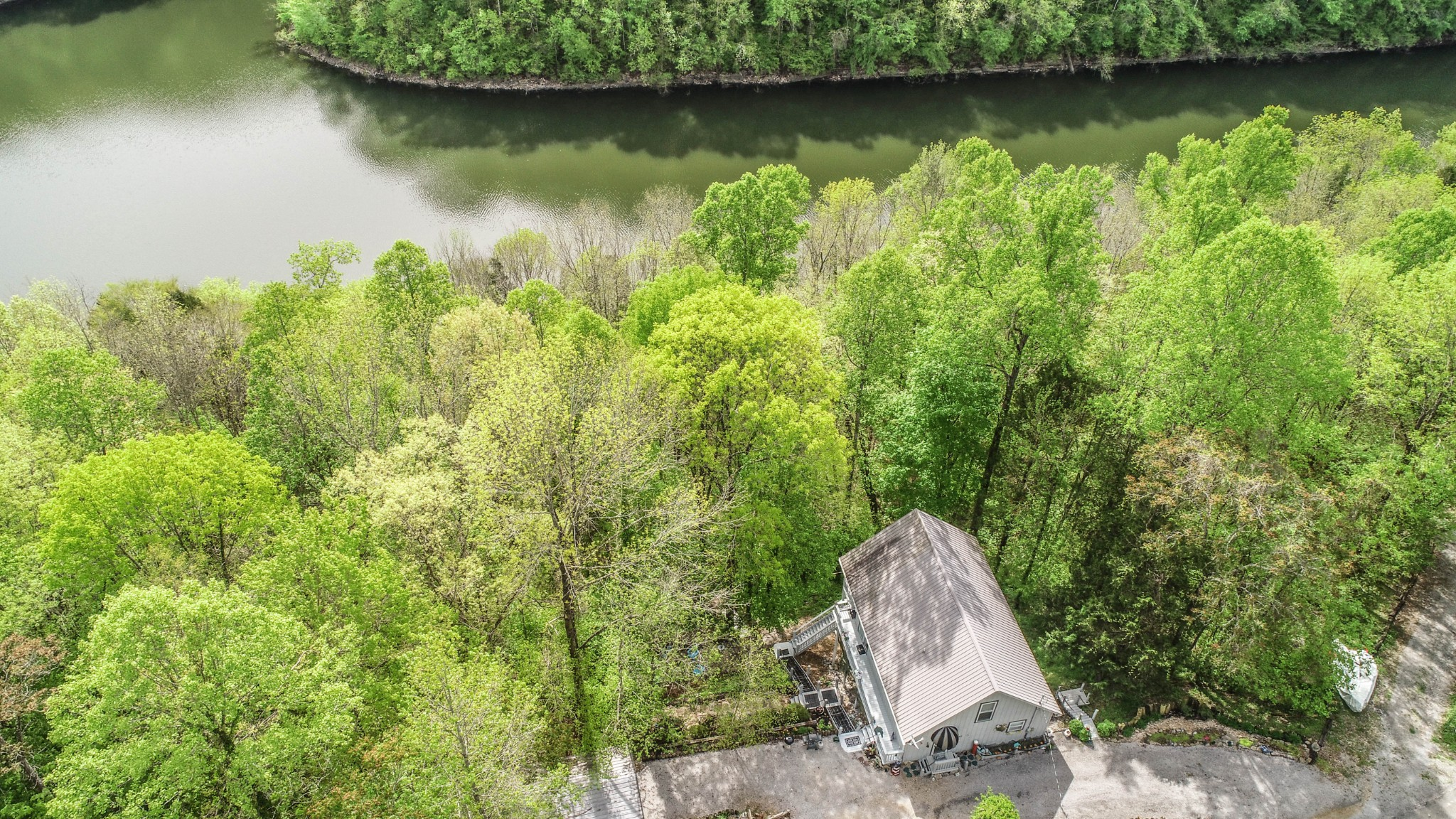 1337 Lakeside Drive Property Photo - Smithville, TN real estate listing