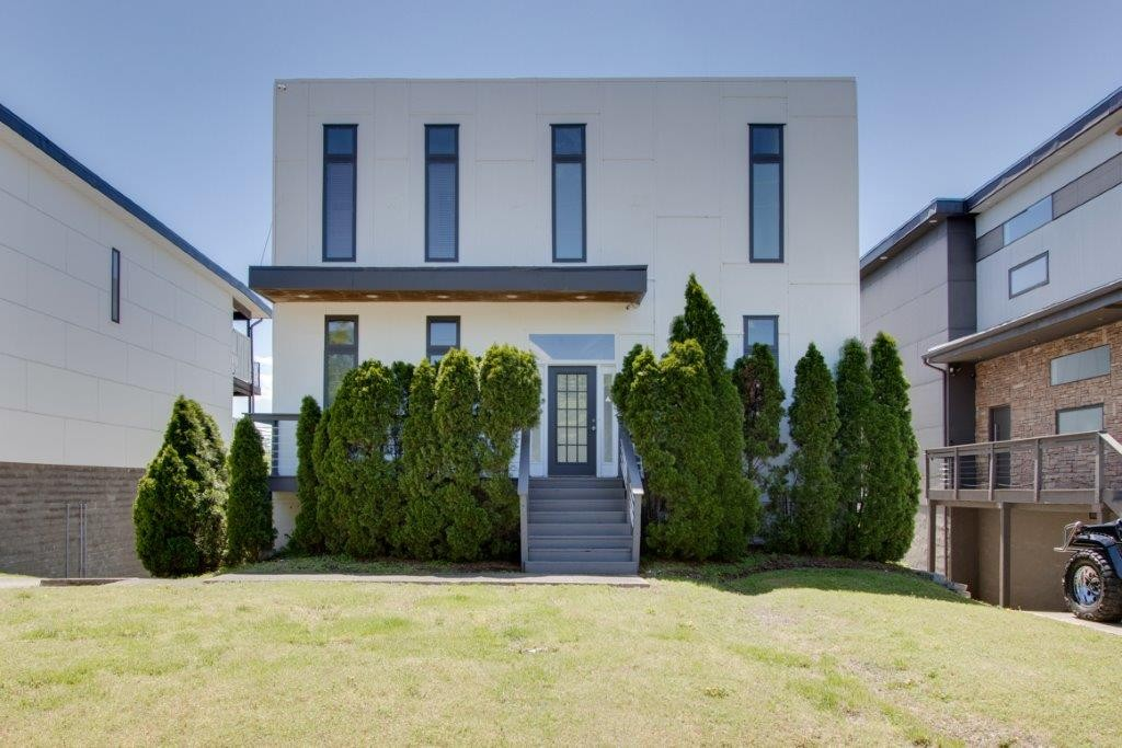 112b Fern Avenue Property Photo