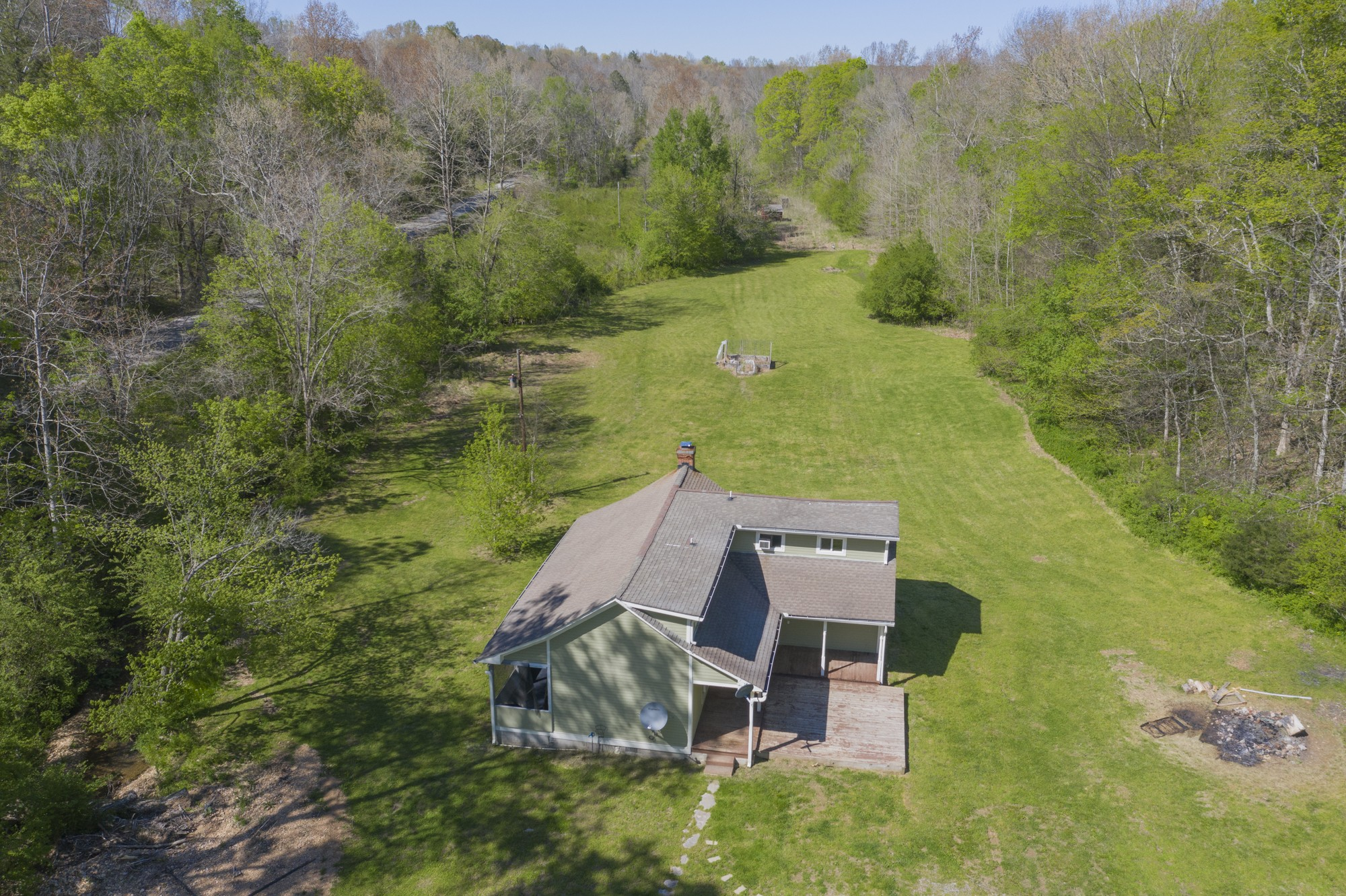1010 Little Leatherwood Rd Property Photo - Vanleer, TN real estate listing