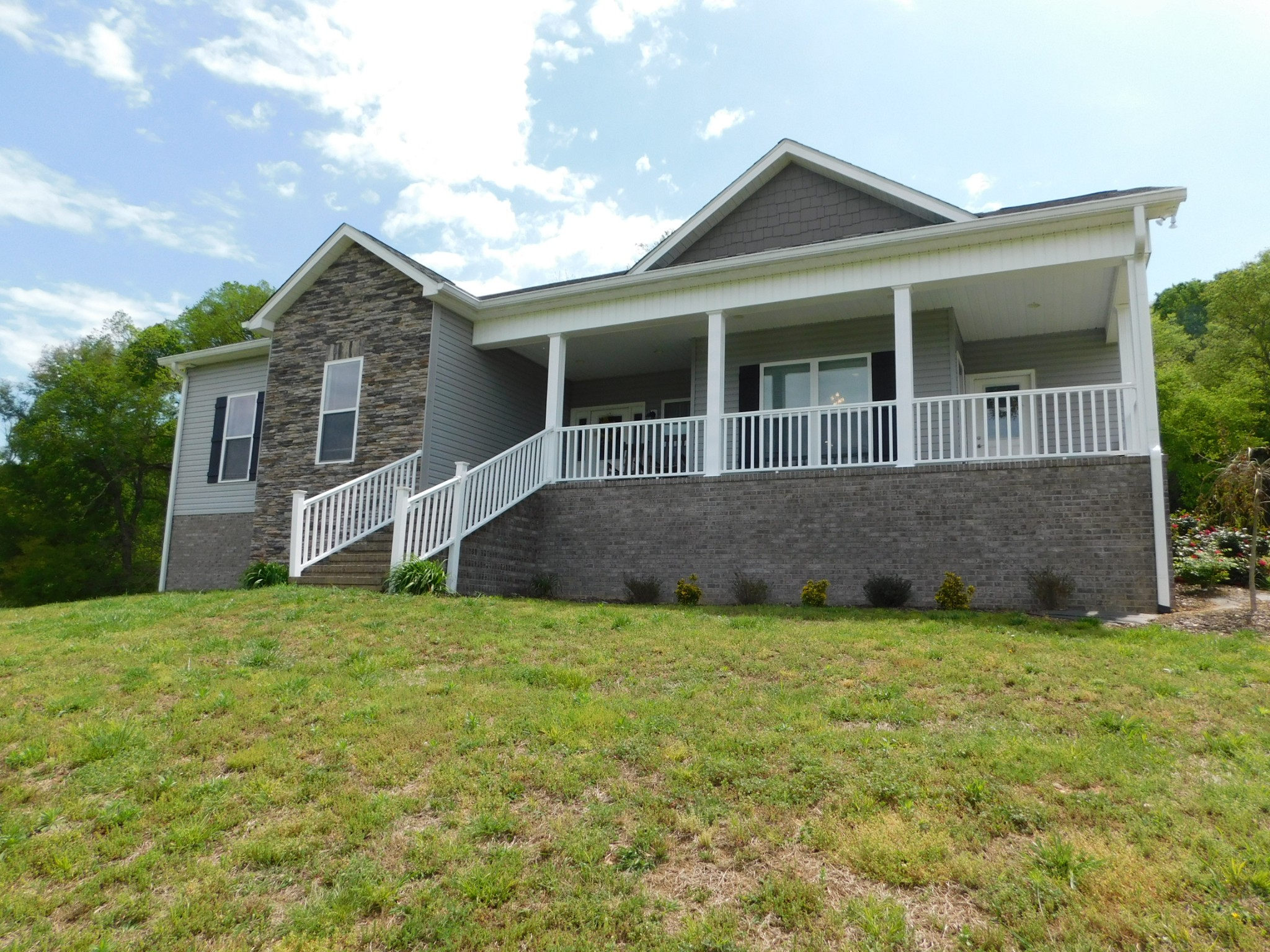 8067 Dry Creek Road Property Photo - Mount Pleasant, TN real estate listing