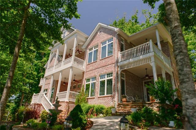 37330 Real Estate Listings Main Image