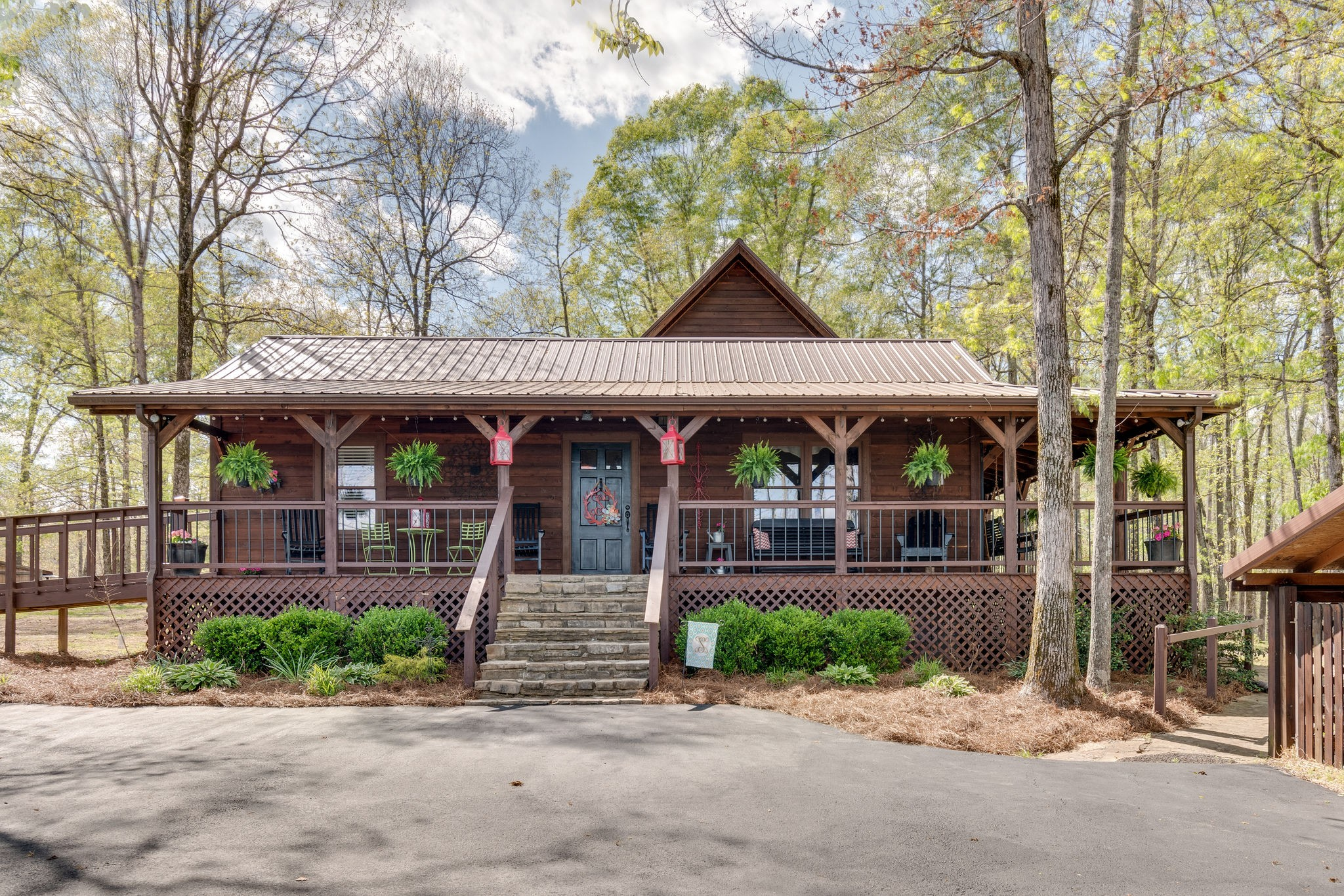 121 Emerald Dr Property Photo - Hampshire, TN real estate listing