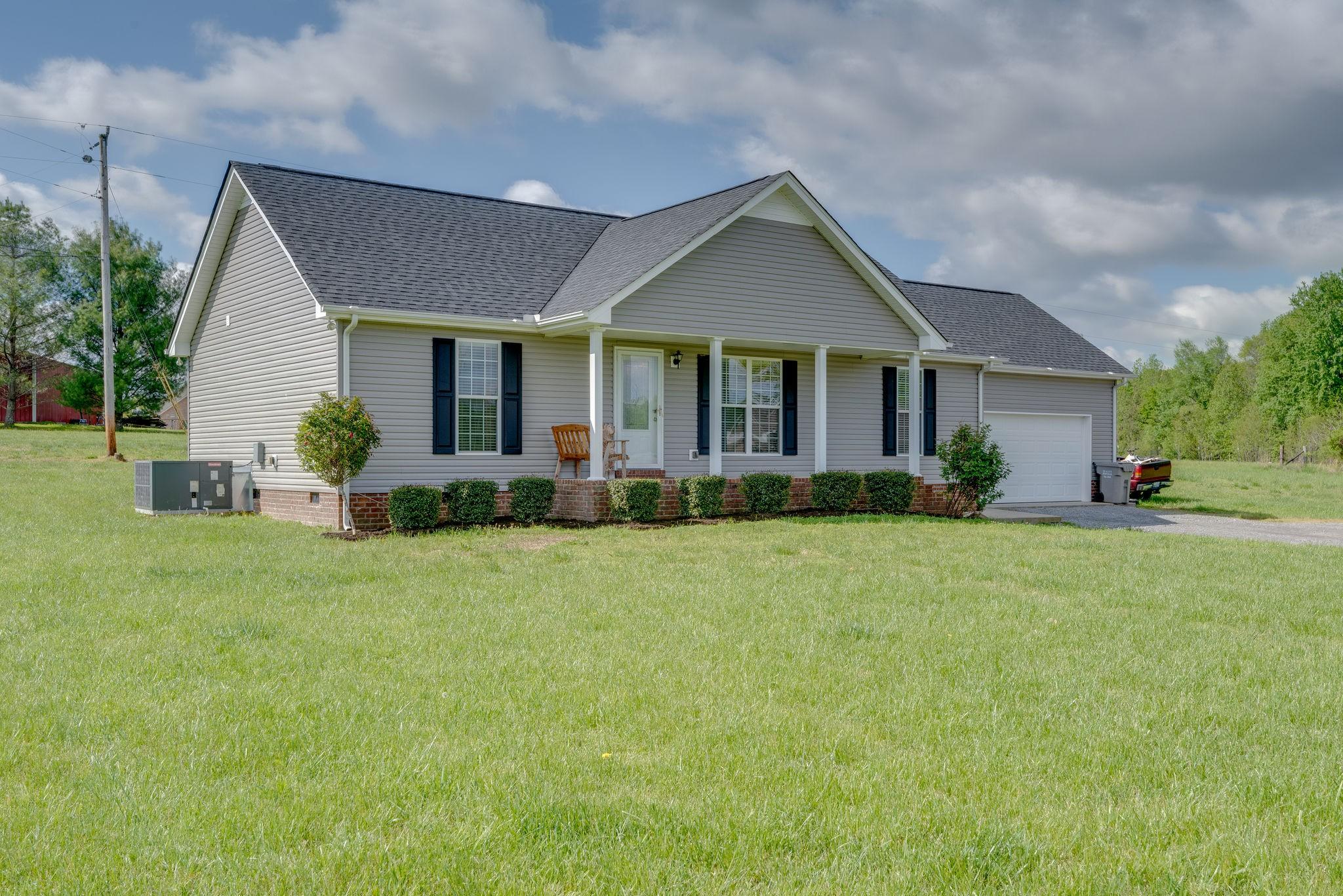 1807 Mosley Ferry Rd, Chapmansboro, TN 37035 - Chapmansboro, TN real estate listing