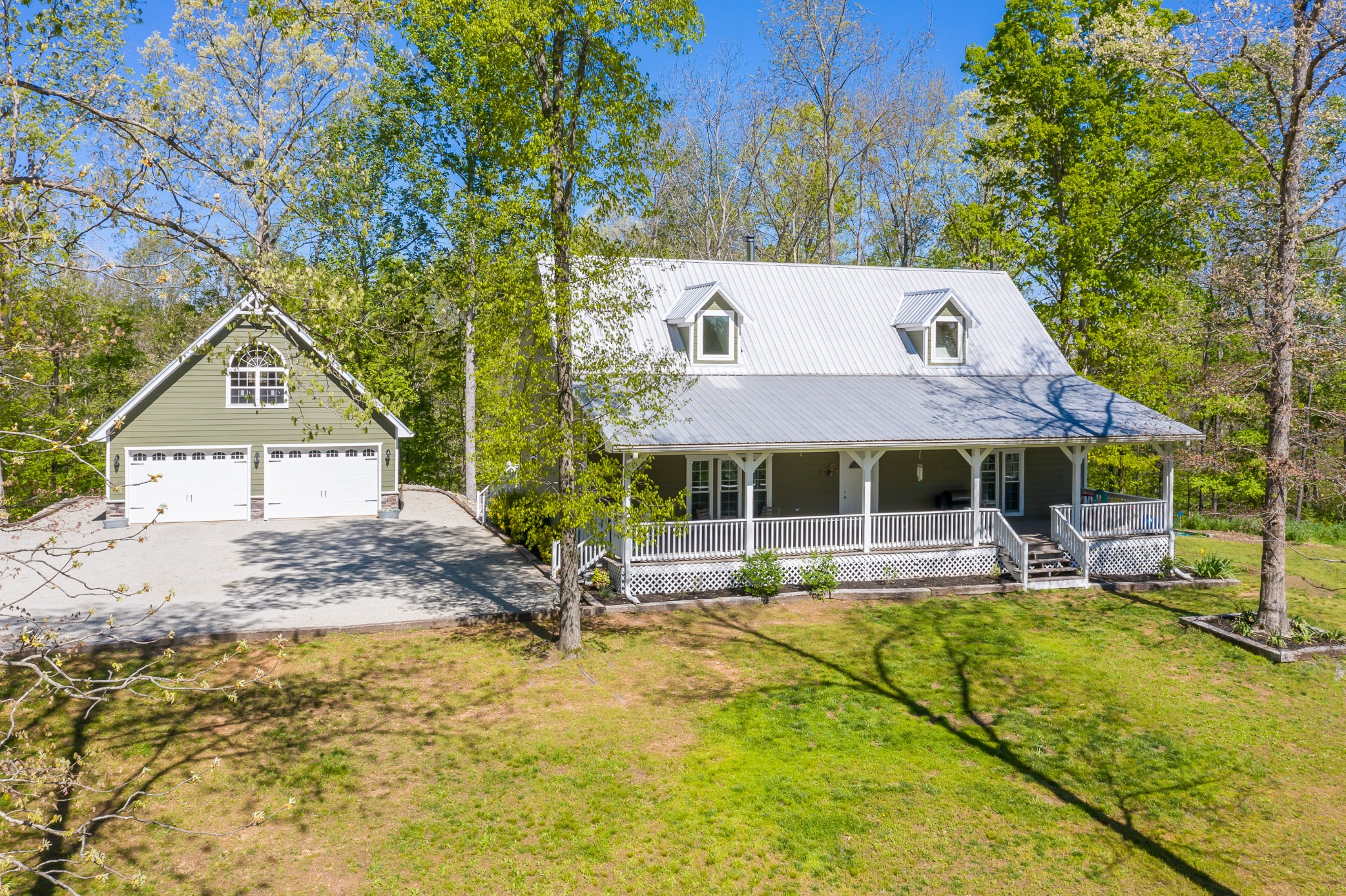 1148 Stoltz Rd Property Photo - Centerville, TN real estate listing