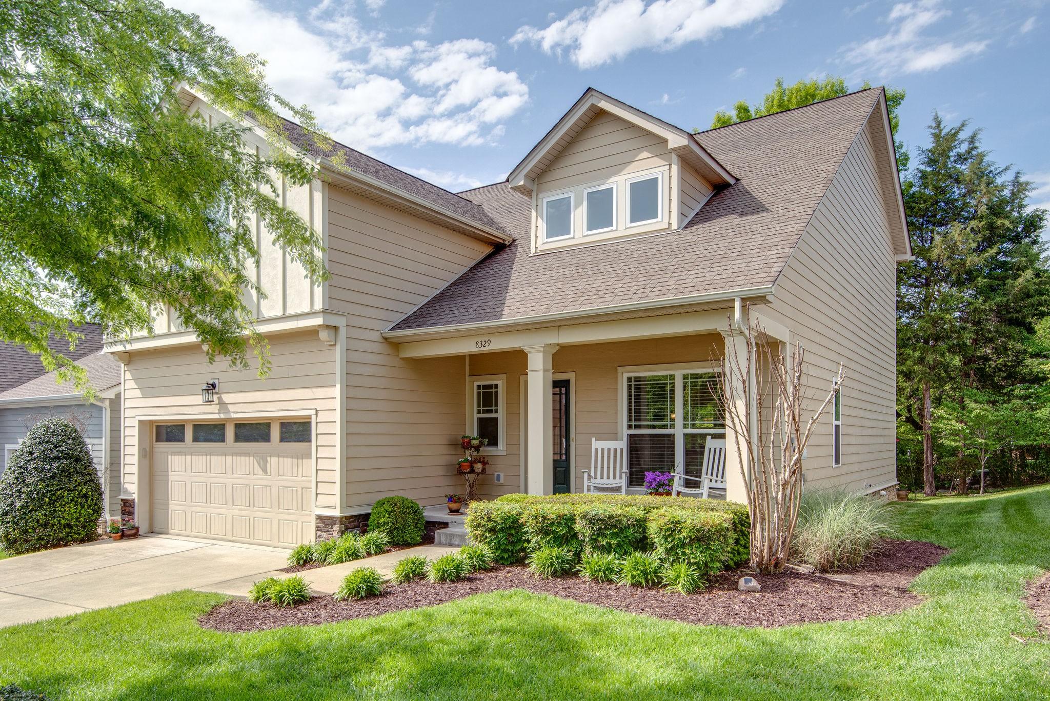 Burkitt Place Real Estate Listings Main Image