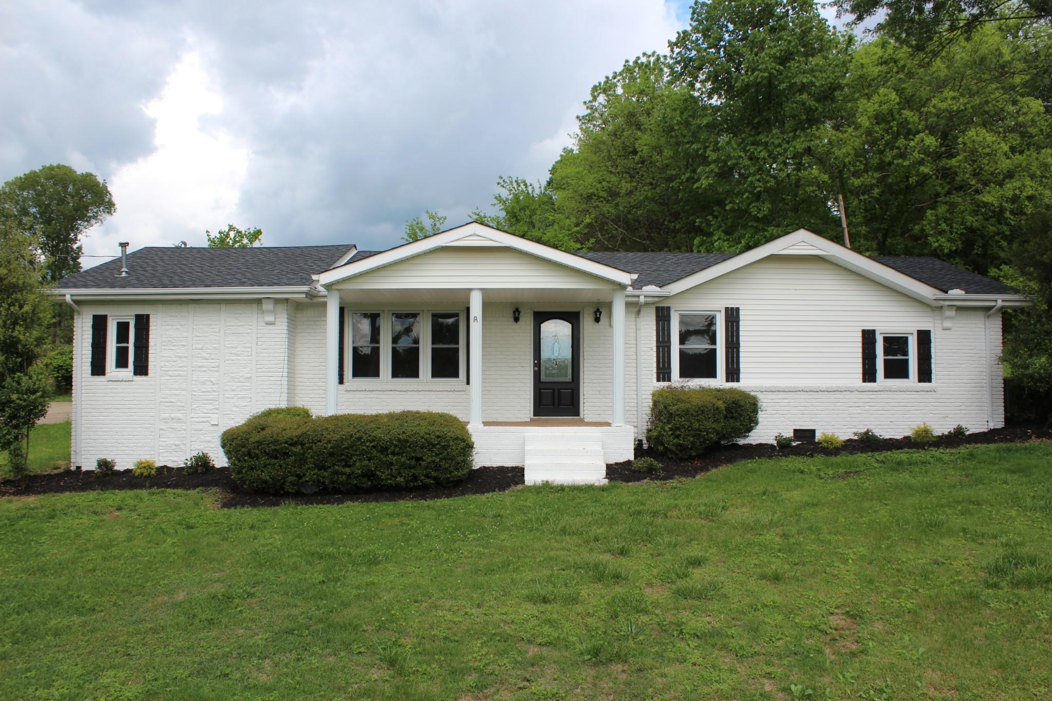 744 Driver Cir Property Photo - Hartsville, TN real estate listing