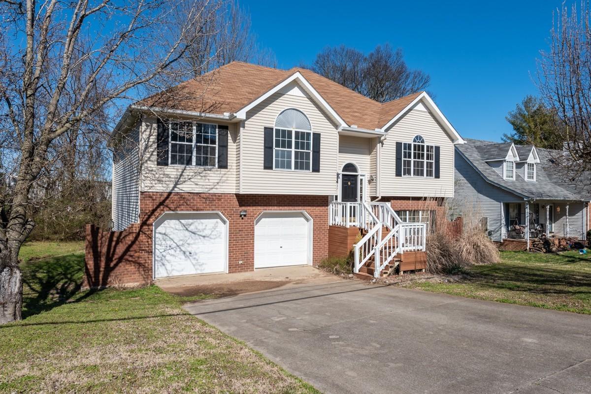 537 Woodland Hills Dr, LA VERGNE, TN 37086 - LA VERGNE, TN real estate listing