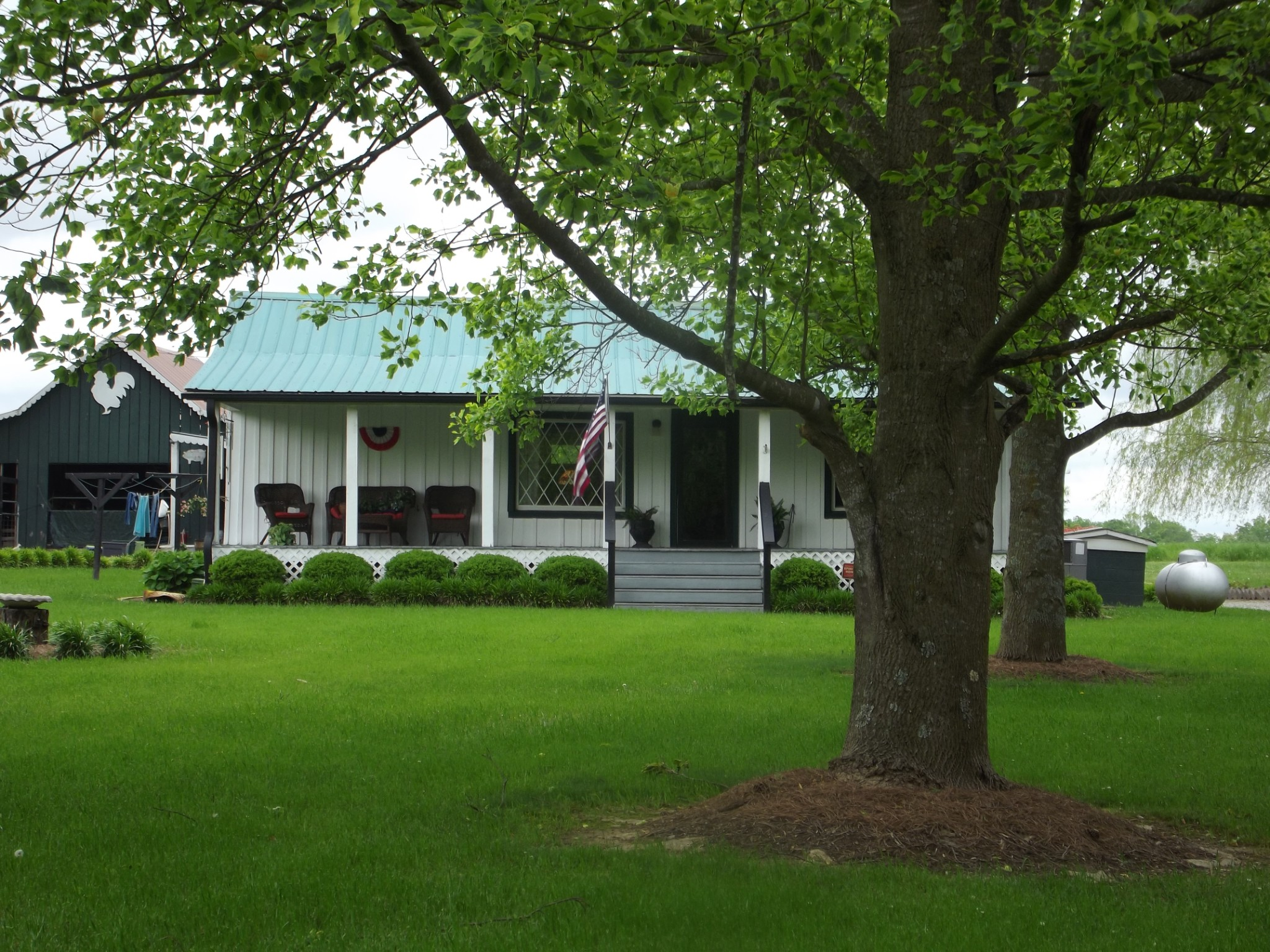 408 Elora Rd Property Photo - Elora, TN real estate listing