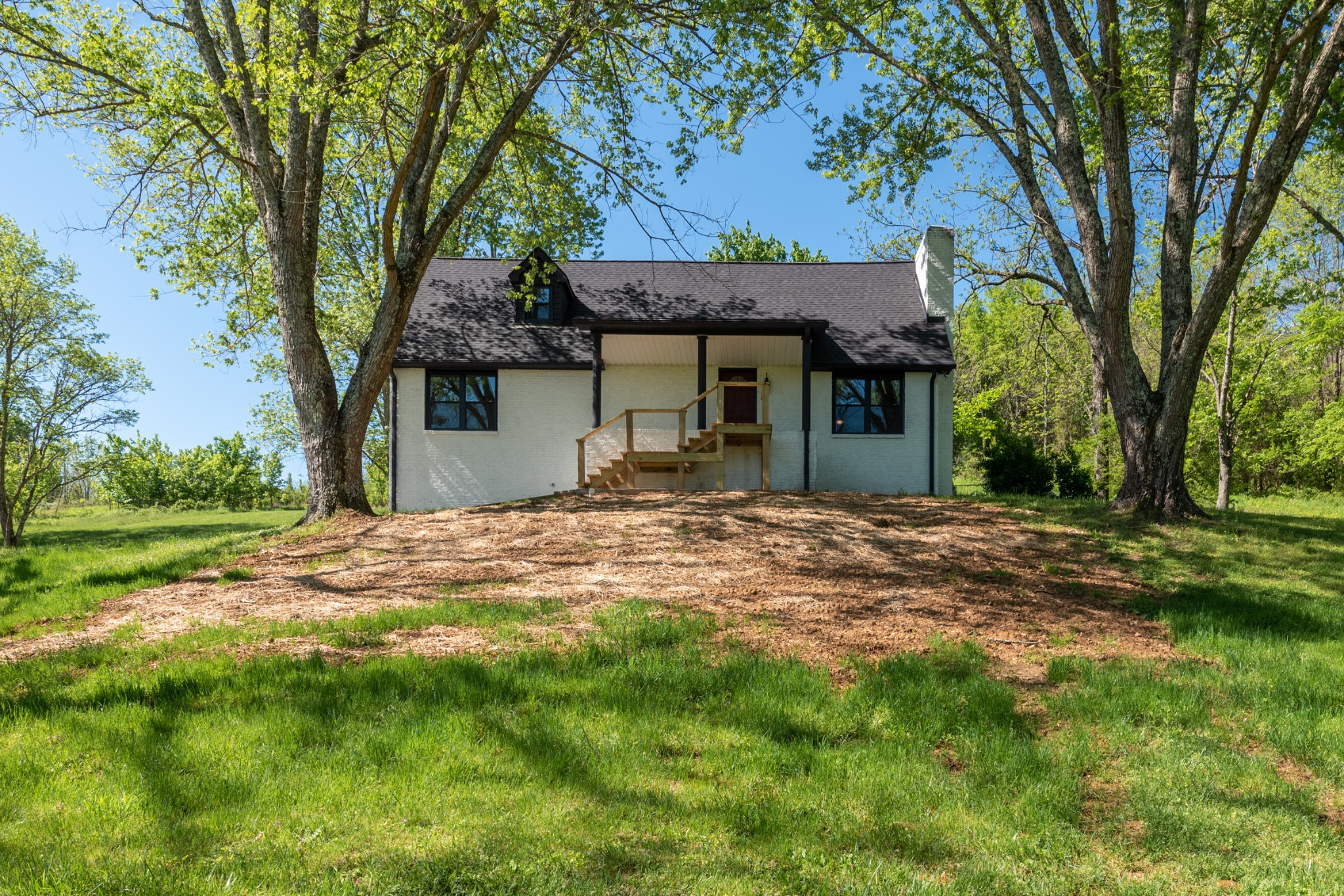 203 Vantrease Rd, Cottontown, TN 37048 - Cottontown, TN real estate listing