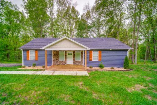1018 Chris Dr Property Photo - Portland, TN real estate listing