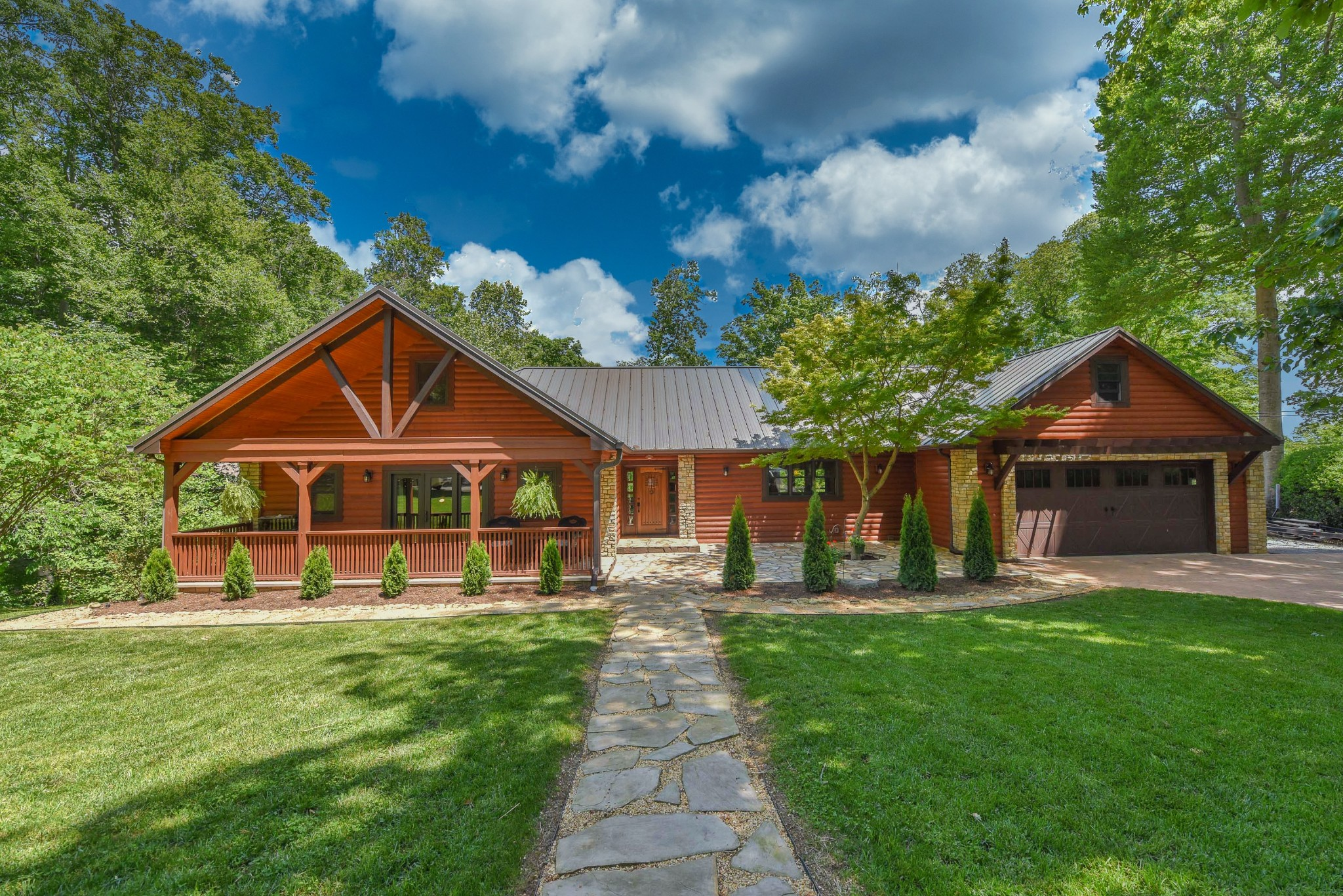 108 Surrey Hill Pt Property Photo - Hendersonville, TN real estate listing