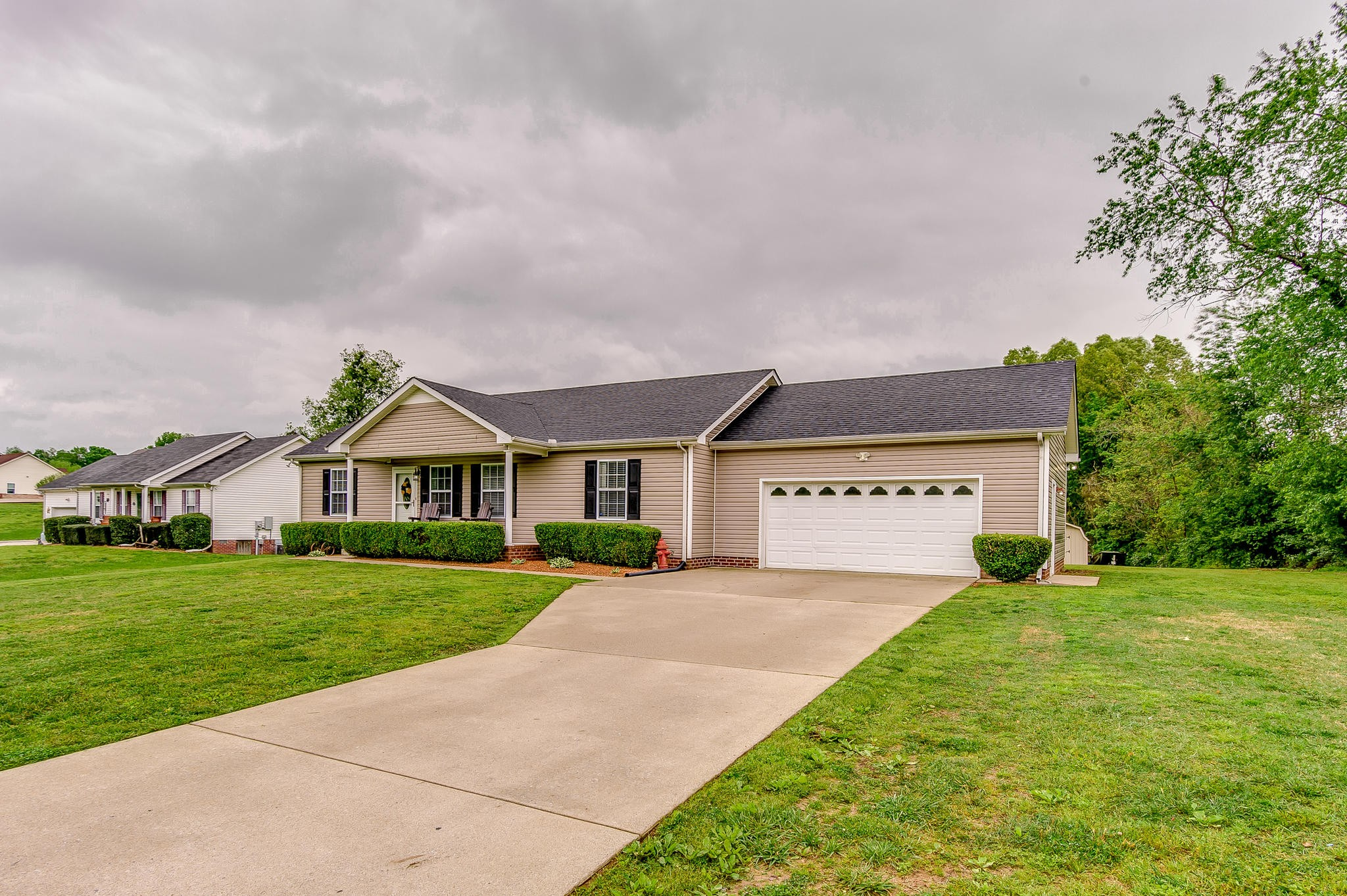 1065 Lillard Williams Rd, Chapmansboro, TN 37035 - Chapmansboro, TN real estate listing