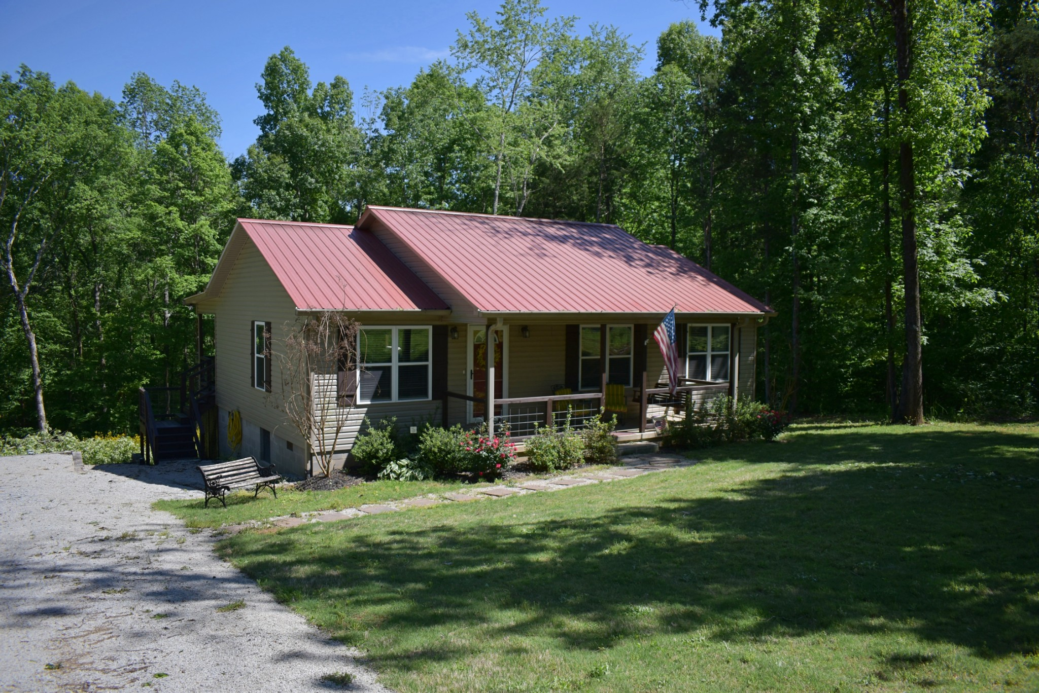 109 Beechview Drive, Clifton, TN 38425 - Clifton, TN real estate listing