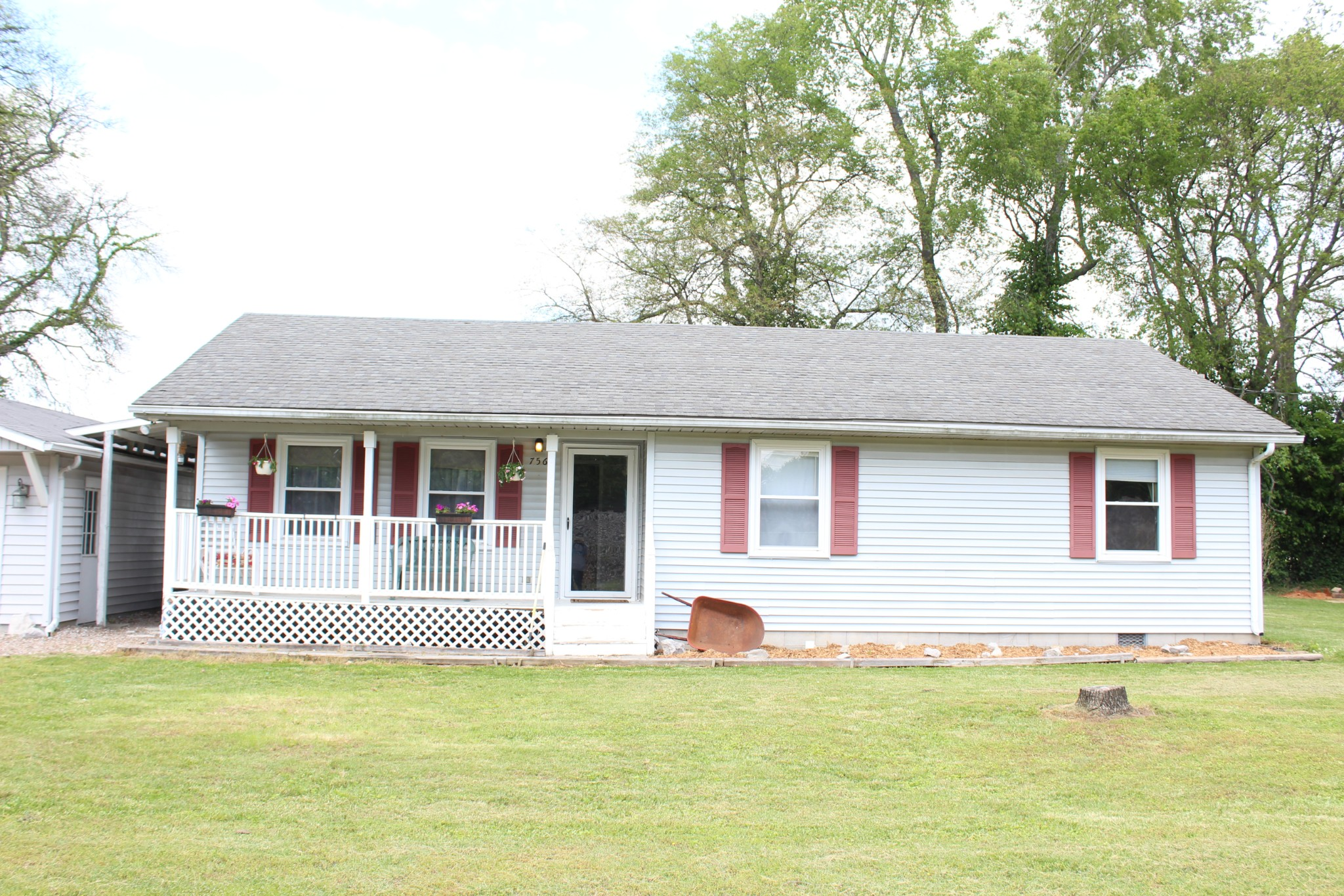 756 Maple St Property Photo - Auburn, KY real estate listing
