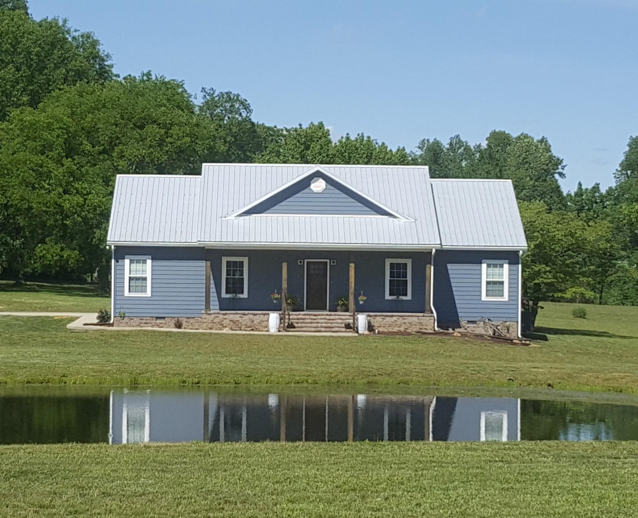 3178 Vanleer Hwy Property Photo - Charlotte, TN real estate listing
