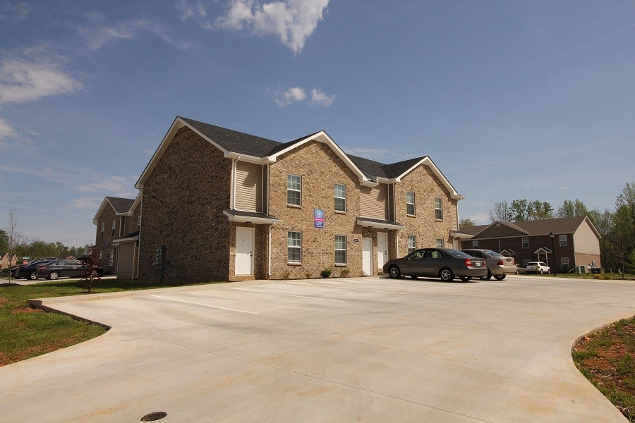 2264 McCormick Ln Property Photo - Clarksville, TN real estate listing