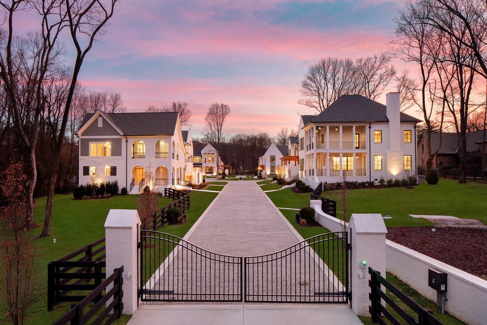 1025B Battery Lane Property Photo - Nashville, TN real estate listing