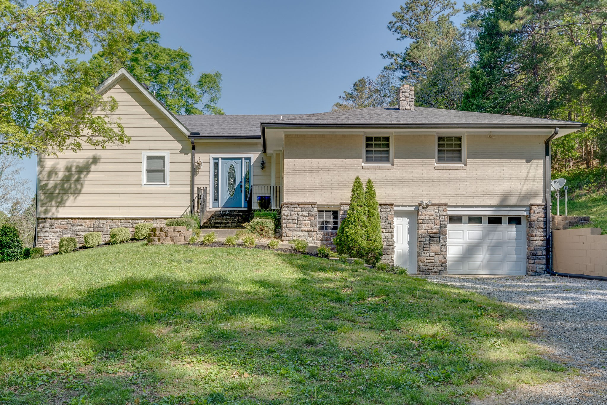 1940 Walnut Grove Rd, Dickson, TN 37055 - Dickson, TN real estate listing