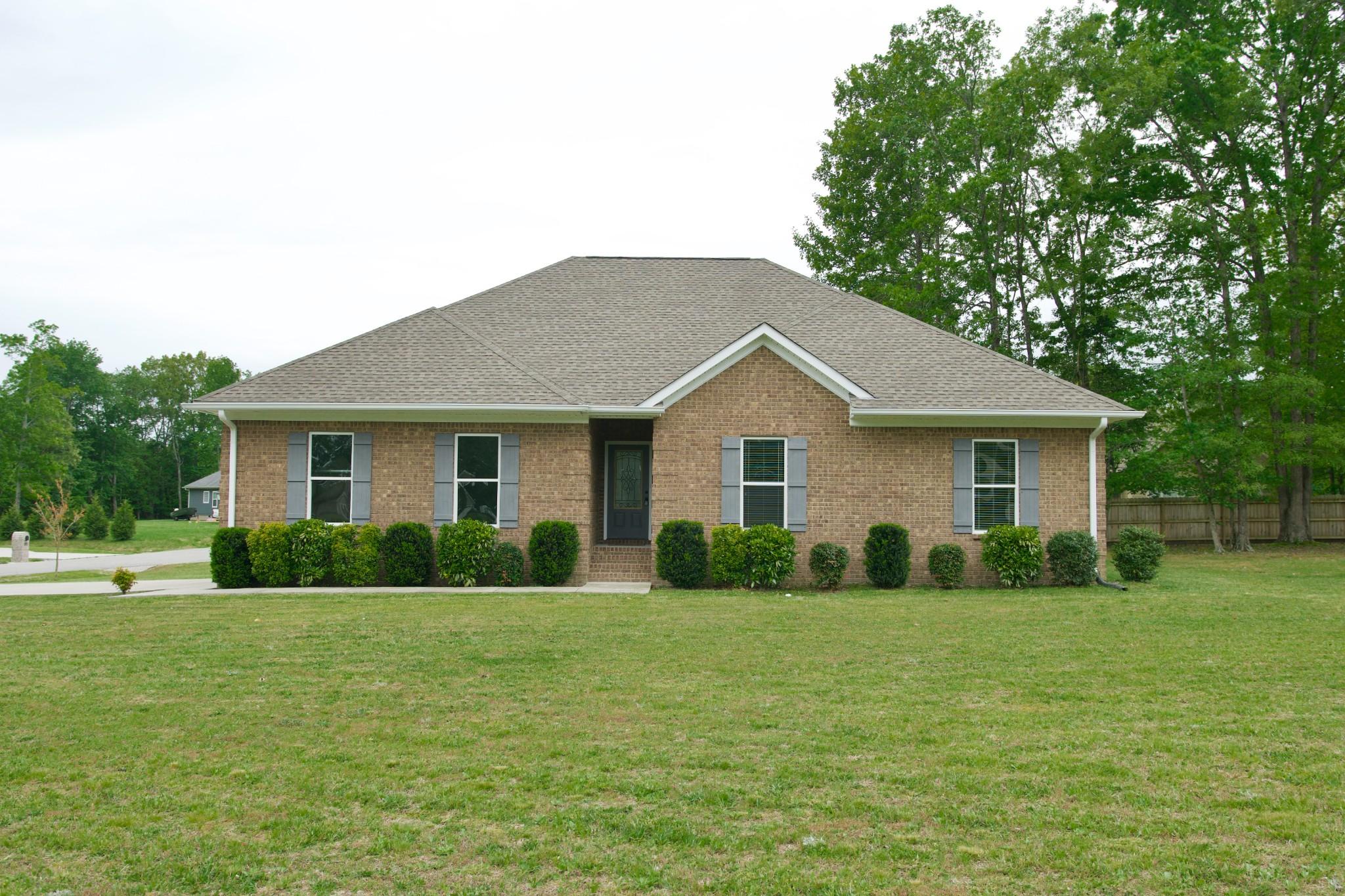 268 Oak Glen Dr Property Photo - Smithville, TN real estate listing