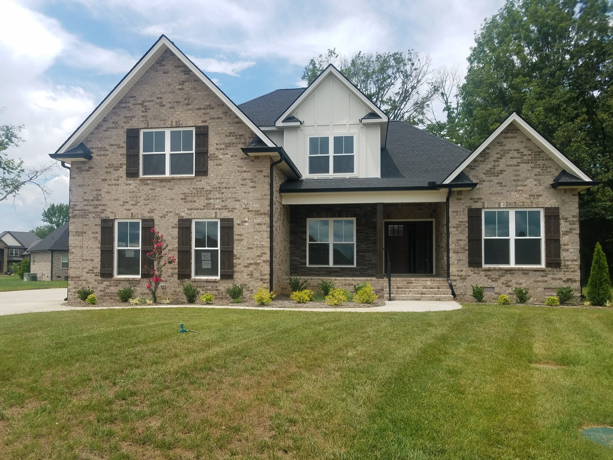 1213 Alex Walker Dr Property Photo - Christiana, TN real estate listing