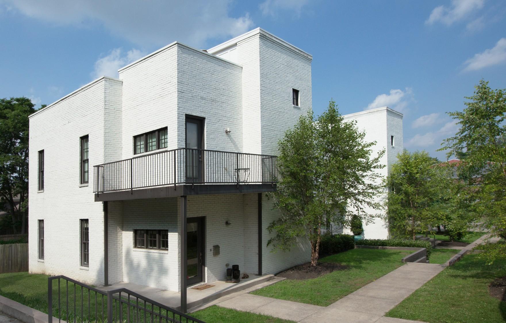 2111B 10th Ave, S Property Photo - Nashville, TN real estate listing