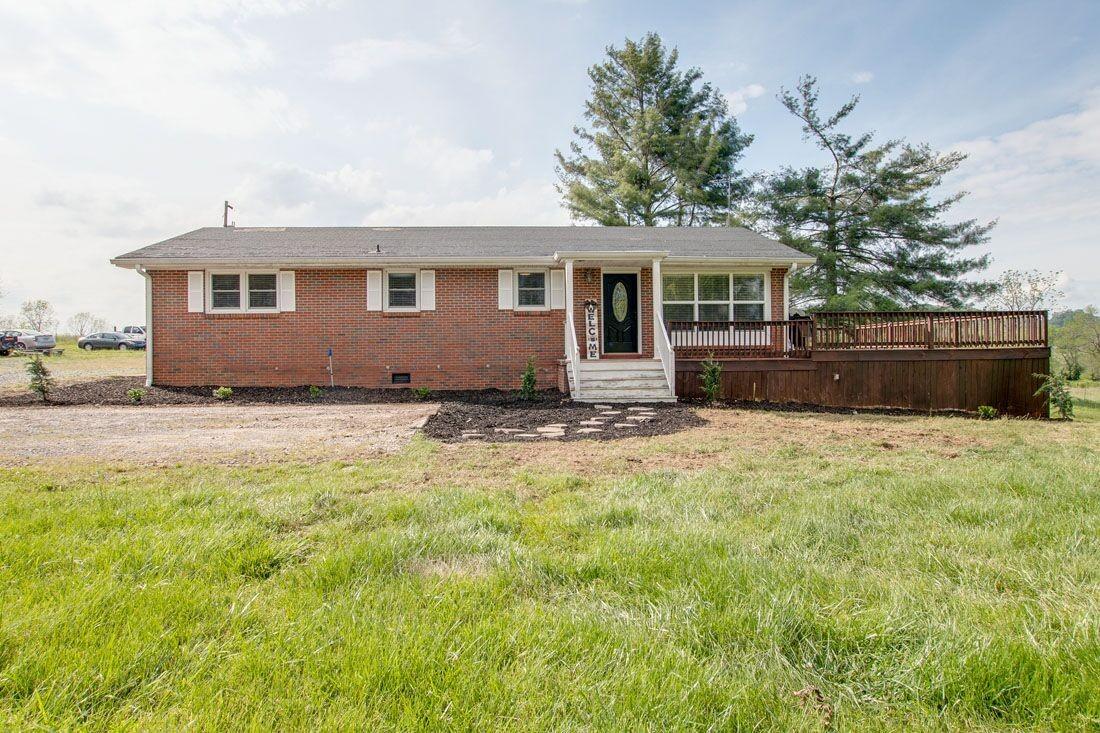 2225 Highway 82 E Property Photo