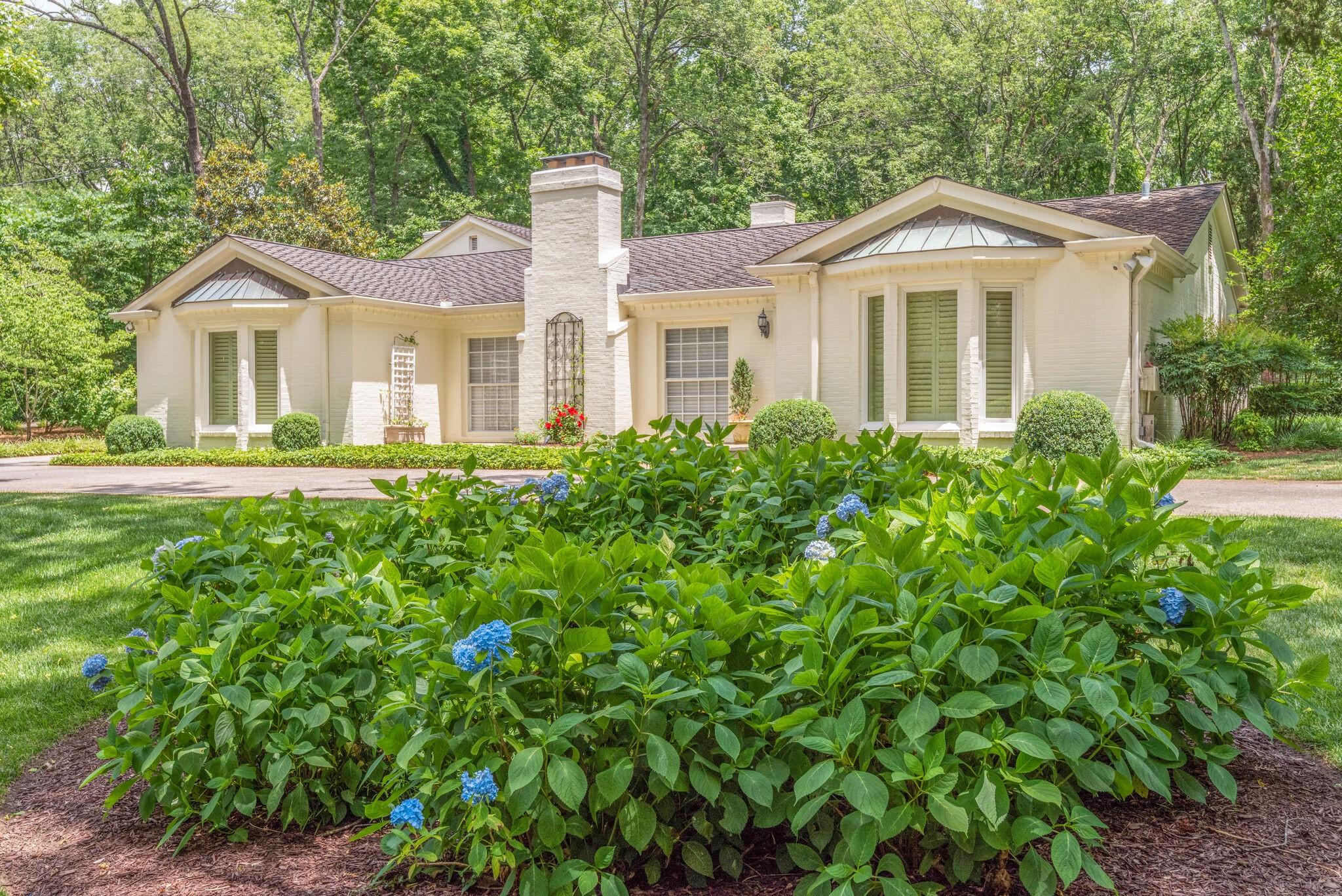 606 Lynnwood Blvd Property Photo - Nashville, TN real estate listing
