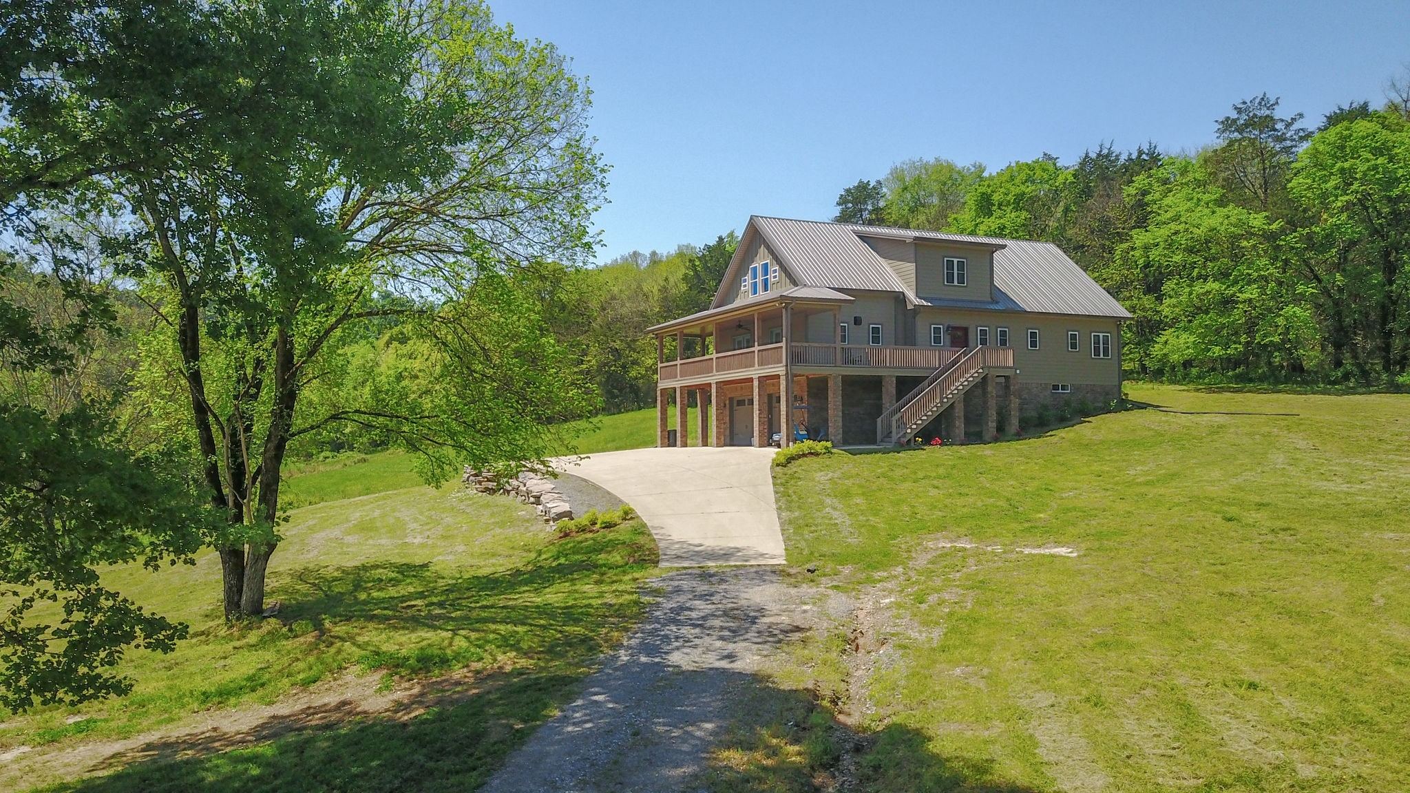 453 Herring Hollow Ln Property Photo - Gainesboro, TN real estate listing
