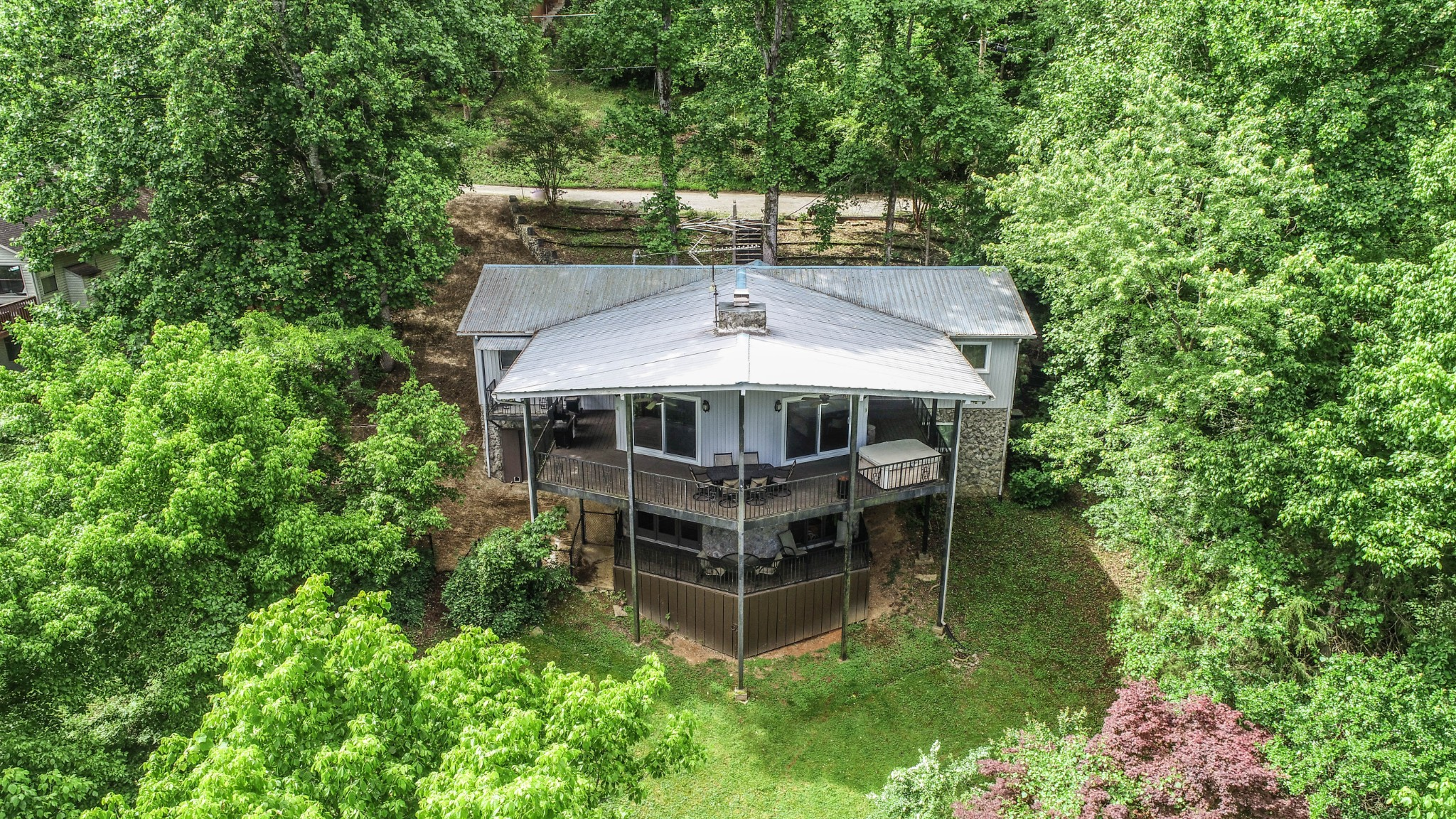 330 Hurricane Hill Dr Property Photo - Silver Point, TN real estate listing