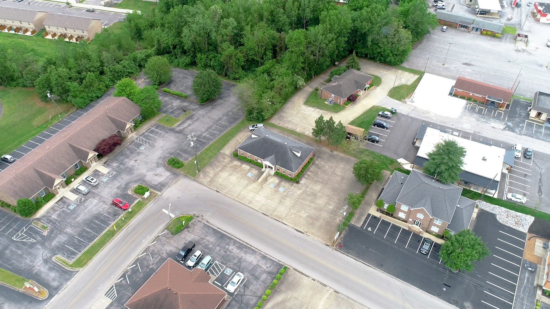 1820 Haynes St Property Photo - Clarksville, TN real estate listing