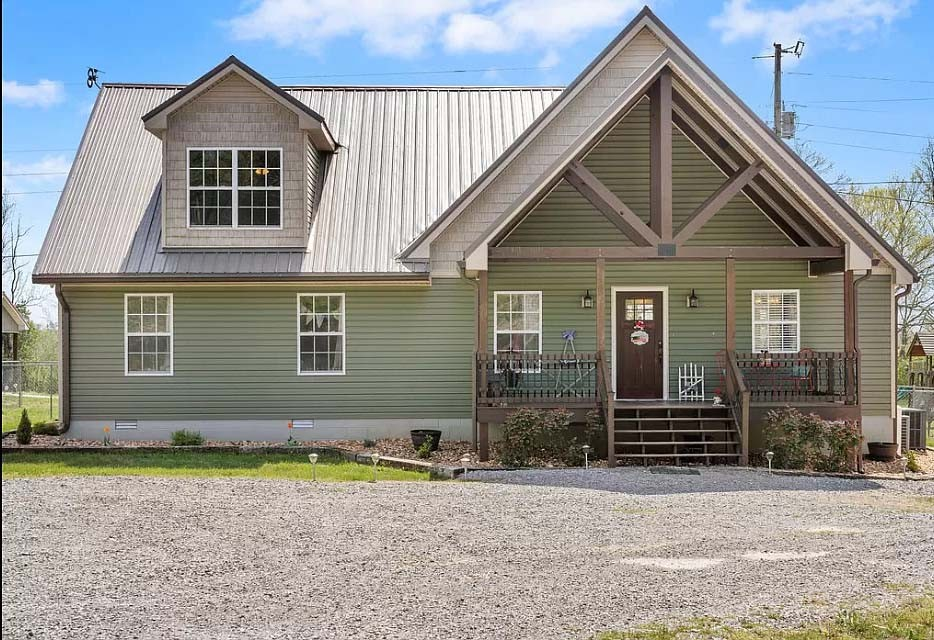 4750 Dover Rd Property Photo - Indian Mound, TN real estate listing