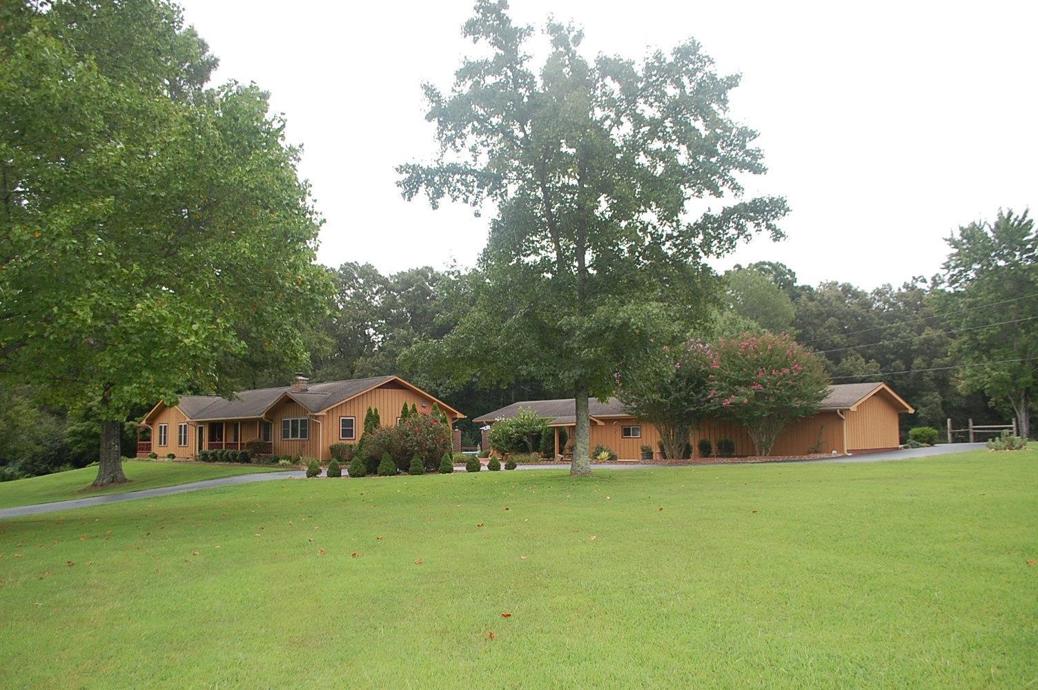 560 Parkway Rd, Tullahoma, TN 37388 - Tullahoma, TN real estate listing