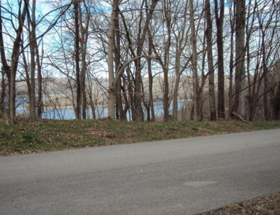409 Maury Ln Property Photo