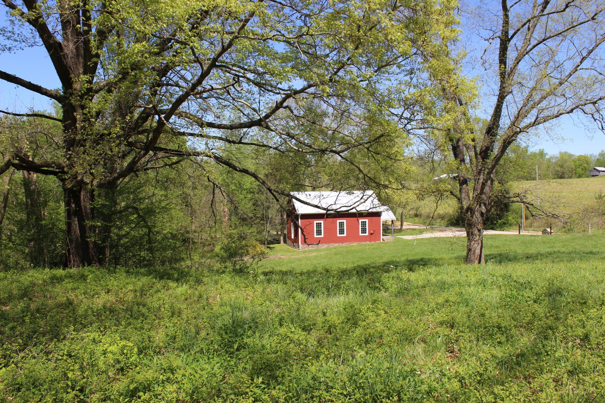 1663 Haley Rd Property Photo - Duck River, TN real estate listing