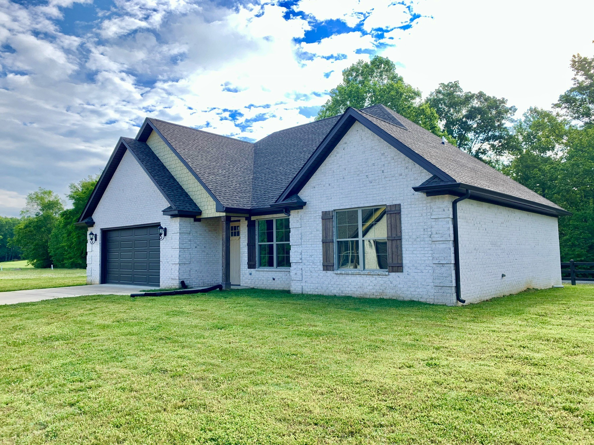 102 Andrews Dr. N Property Photo - Loretto, TN real estate listing