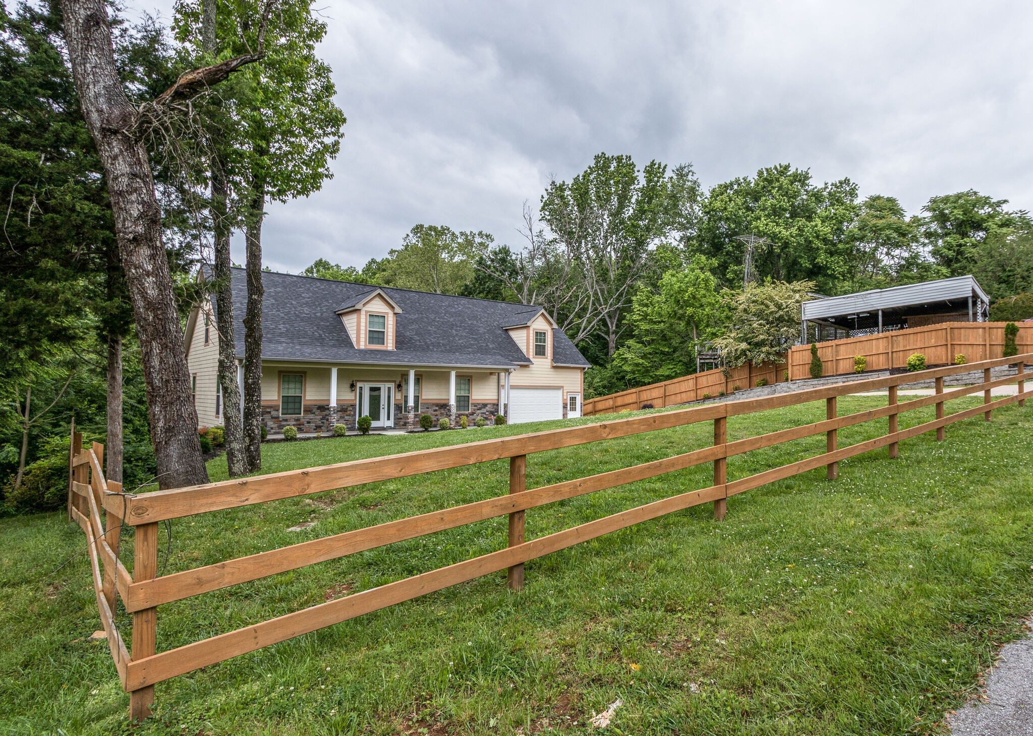 90 Holly Tree Dr Property Photo - Estill Springs, TN real estate listing