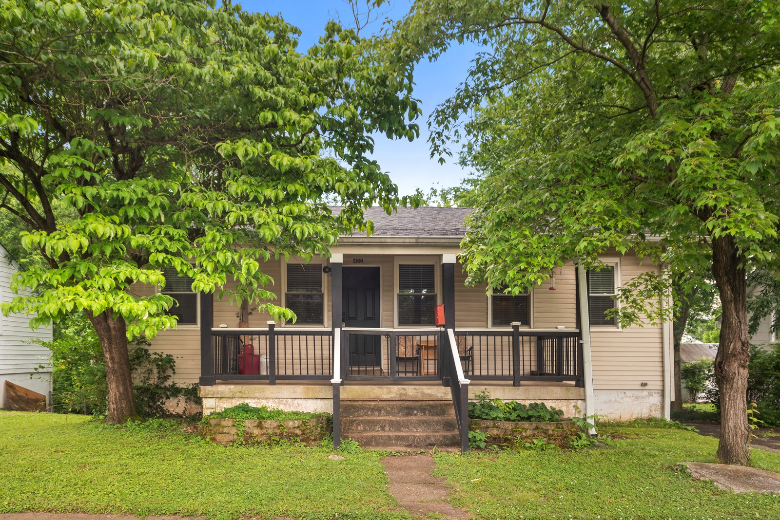 402 Hadley Ave Property Photo - Old Hickory, TN real estate listing