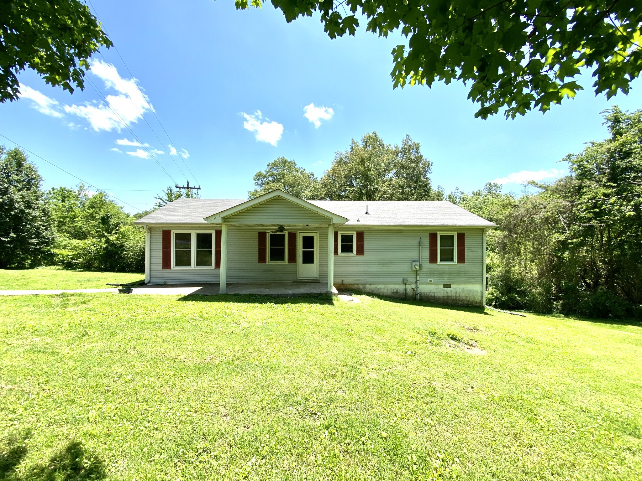 121 Stacker St Property Photo - Cumberland City, TN real estate listing