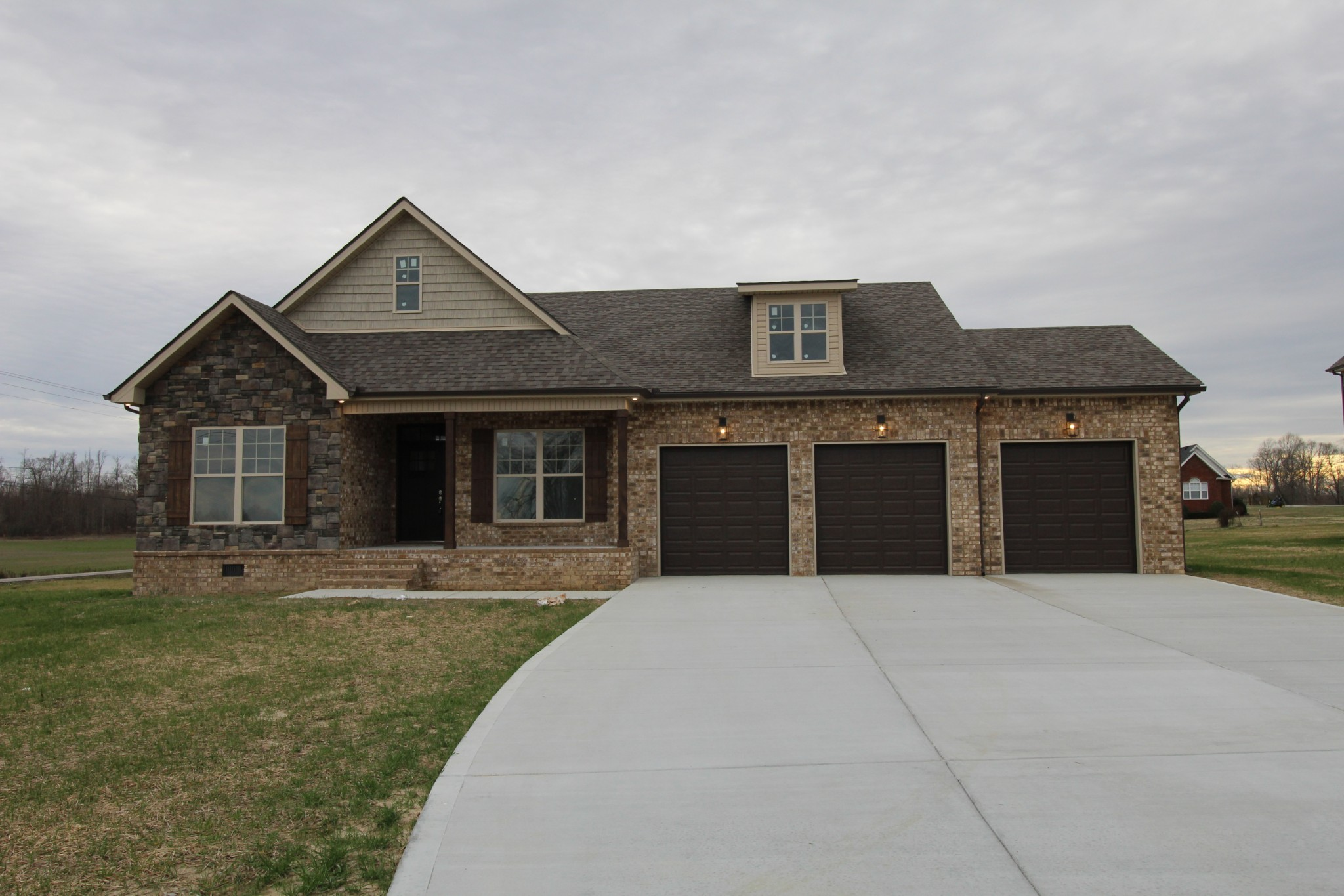 102 Fieldstone Drive Property Photo