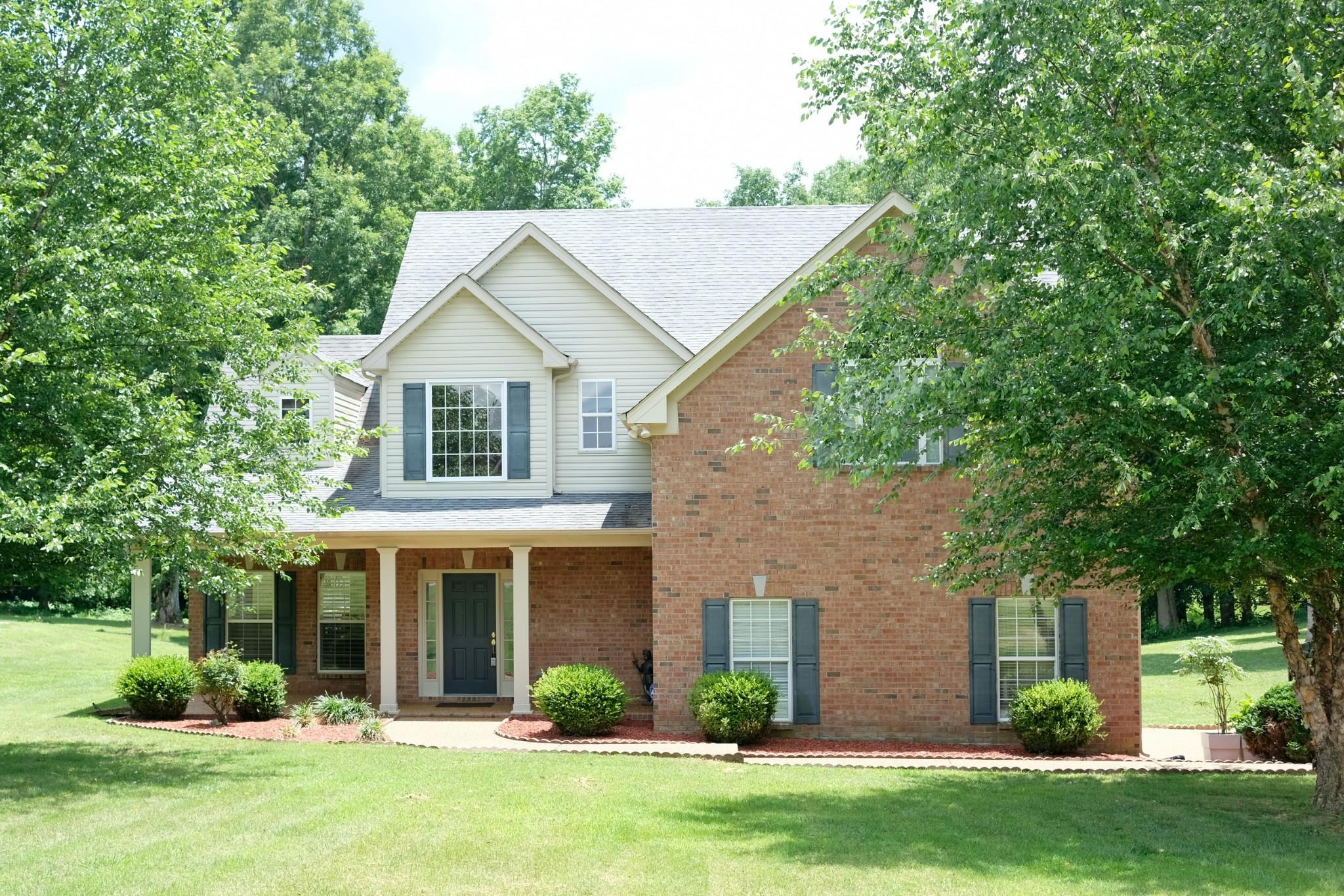 1013 Ridglea Dr Property Photo - Burns, TN real estate listing