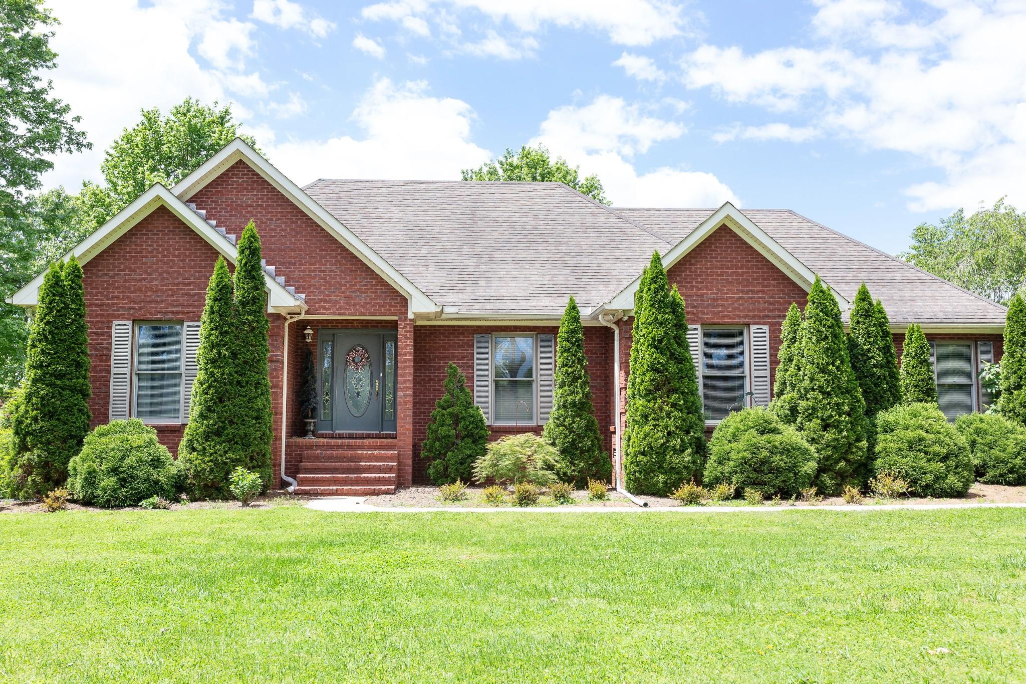 2322 Shangri La Ln Property Photo - Mc Minnville, TN real estate listing