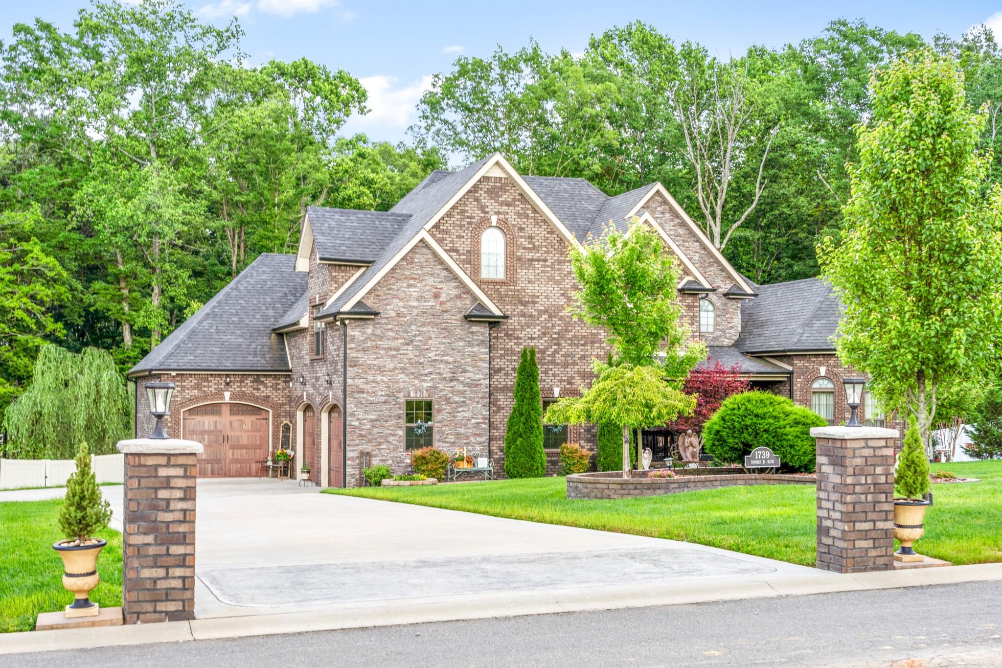 1739 Double R Blvd Property Photo