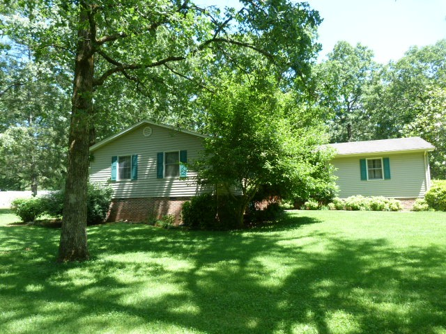 214 Heritage Dr Property Photo - Tullahoma, TN real estate listing