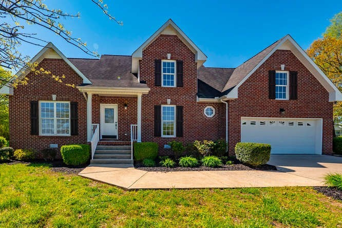 214 COLLEGE ST, Burns, TN 37029 - Burns, TN real estate listing