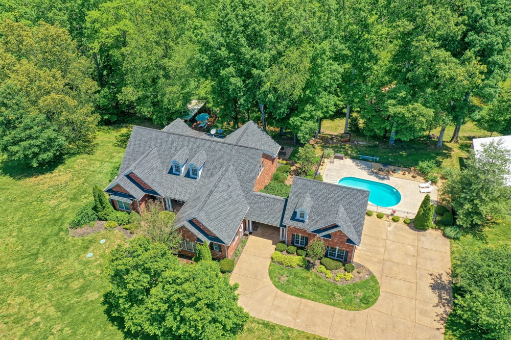 7880 Pinewood Rd Property Photo - Fairview, TN real estate listing